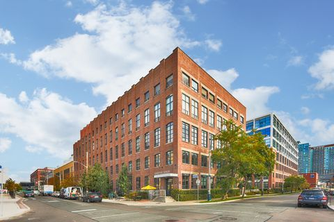 43 Hanna Ave, unit 423 for sale in Liberty Village - image #1