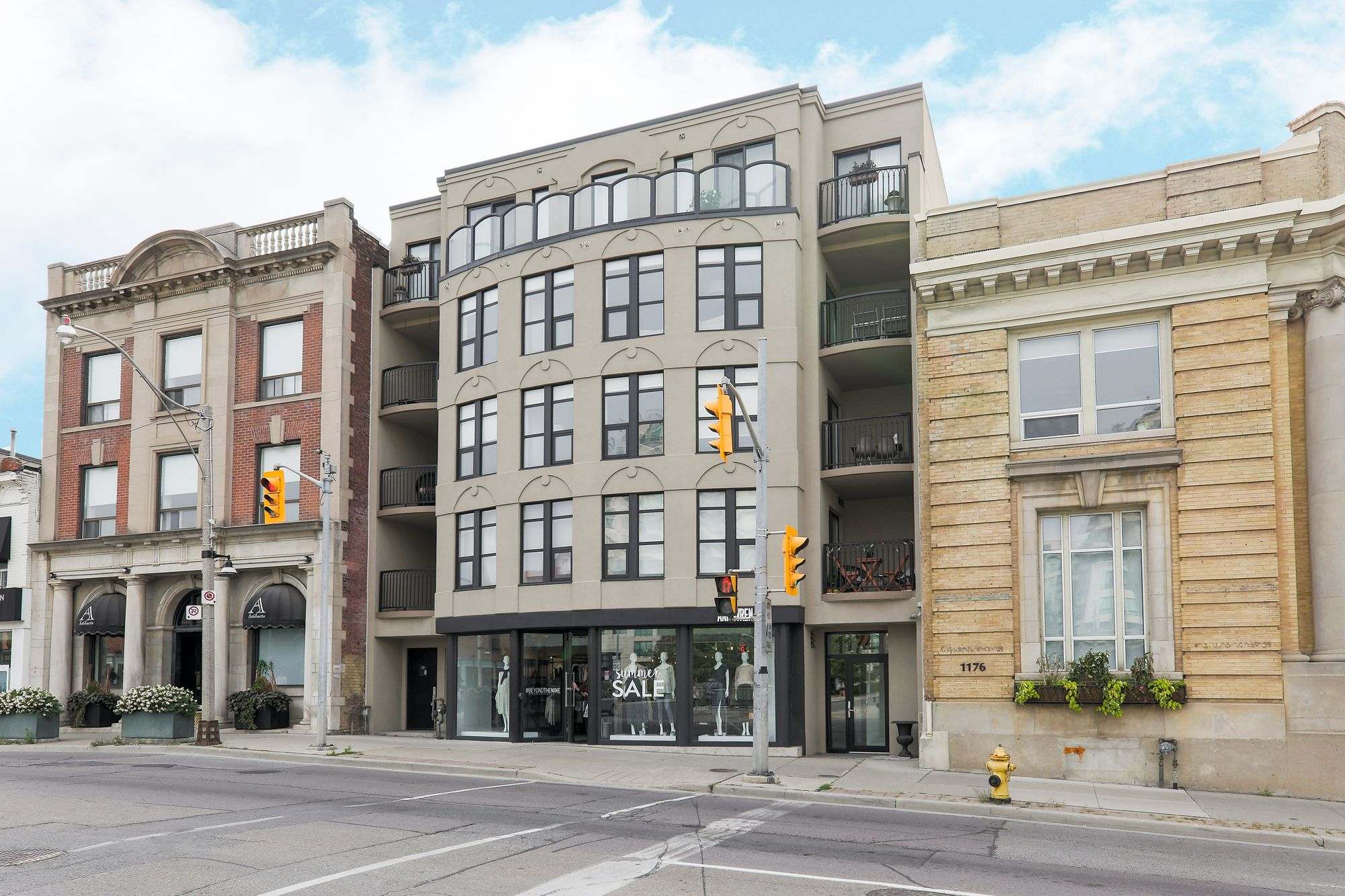 1174 Yonge St, unit 303 for sale in Yonge and St. Clair - image #1