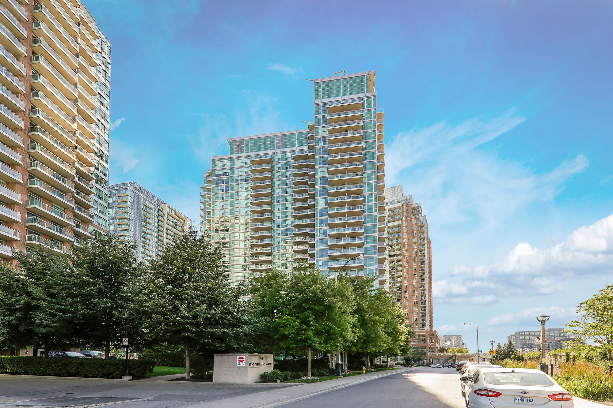 100 Western Battery Rd. This condo at Vibe at Liberty Village is located in  West End, Toronto - image #2 of 8 by Strata.ca