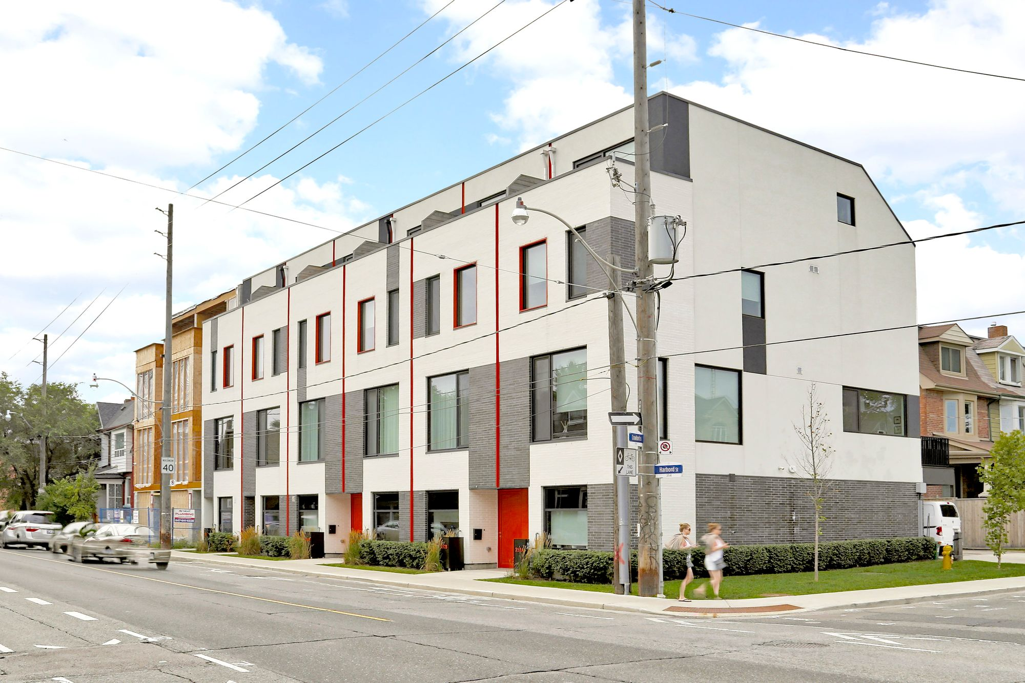 Oben Flats Harbord Towns at 352-358 Harbord St. This condo townhouse is located in  West End, Toronto - image #1 of 5 by Strata.ca