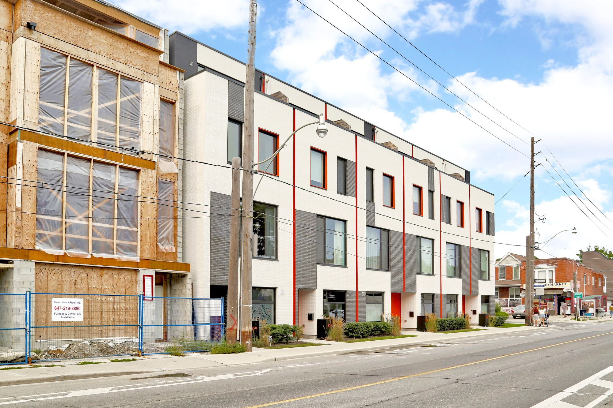 Oben Flats Harbord Towns at 352-358 Harbord St. This condo townhouse is located in  West End, Toronto - image #2 of 5 by Strata.ca