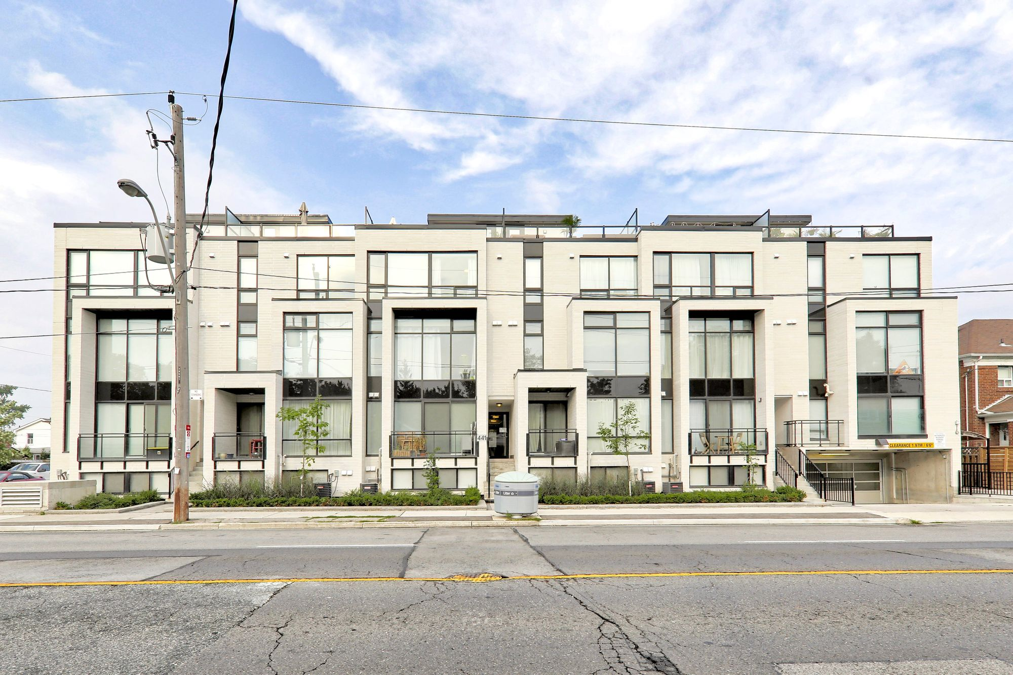 441 Jane St. This condo townhouse at The 23 at Baby Point is located in  West End, Toronto - image #2 of 4 by Strata.ca