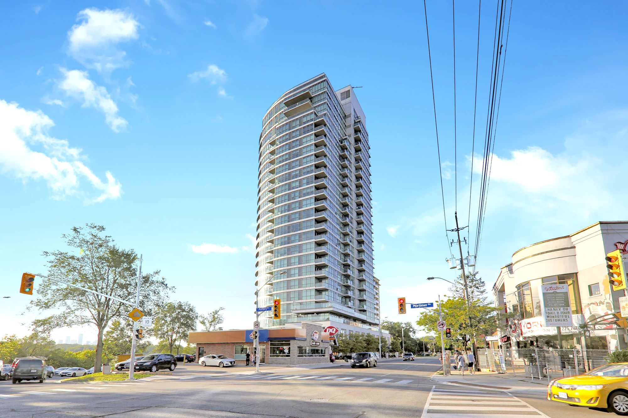 1048 Broadview Ave. This condo at Minto Skyy is located in  East York, Toronto - image #1 of 7 by Strata.ca