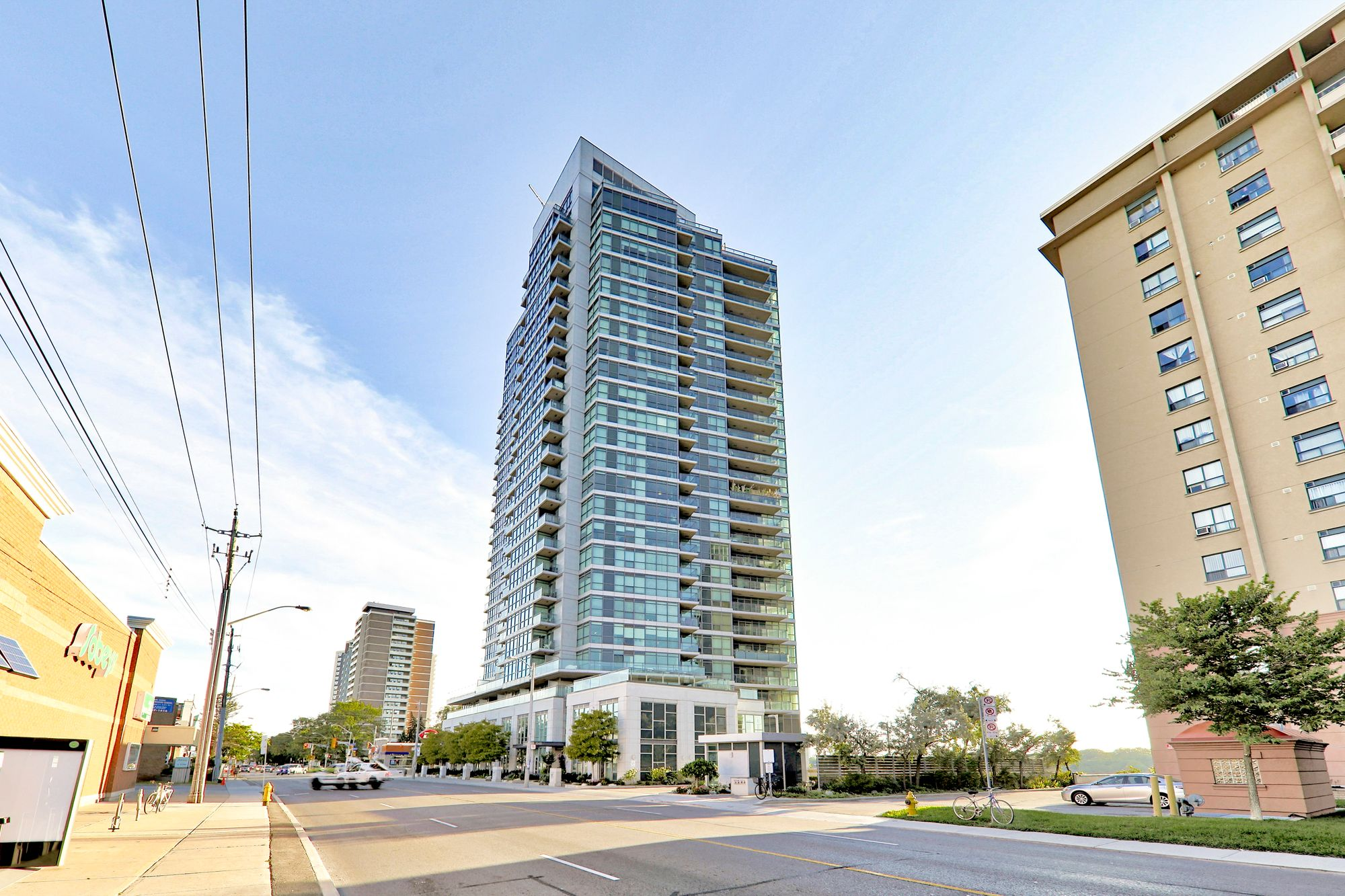 1048 Broadview Ave. This condo at Minto Skyy is located in  East York, Toronto - image #2 of 7 by Strata.ca