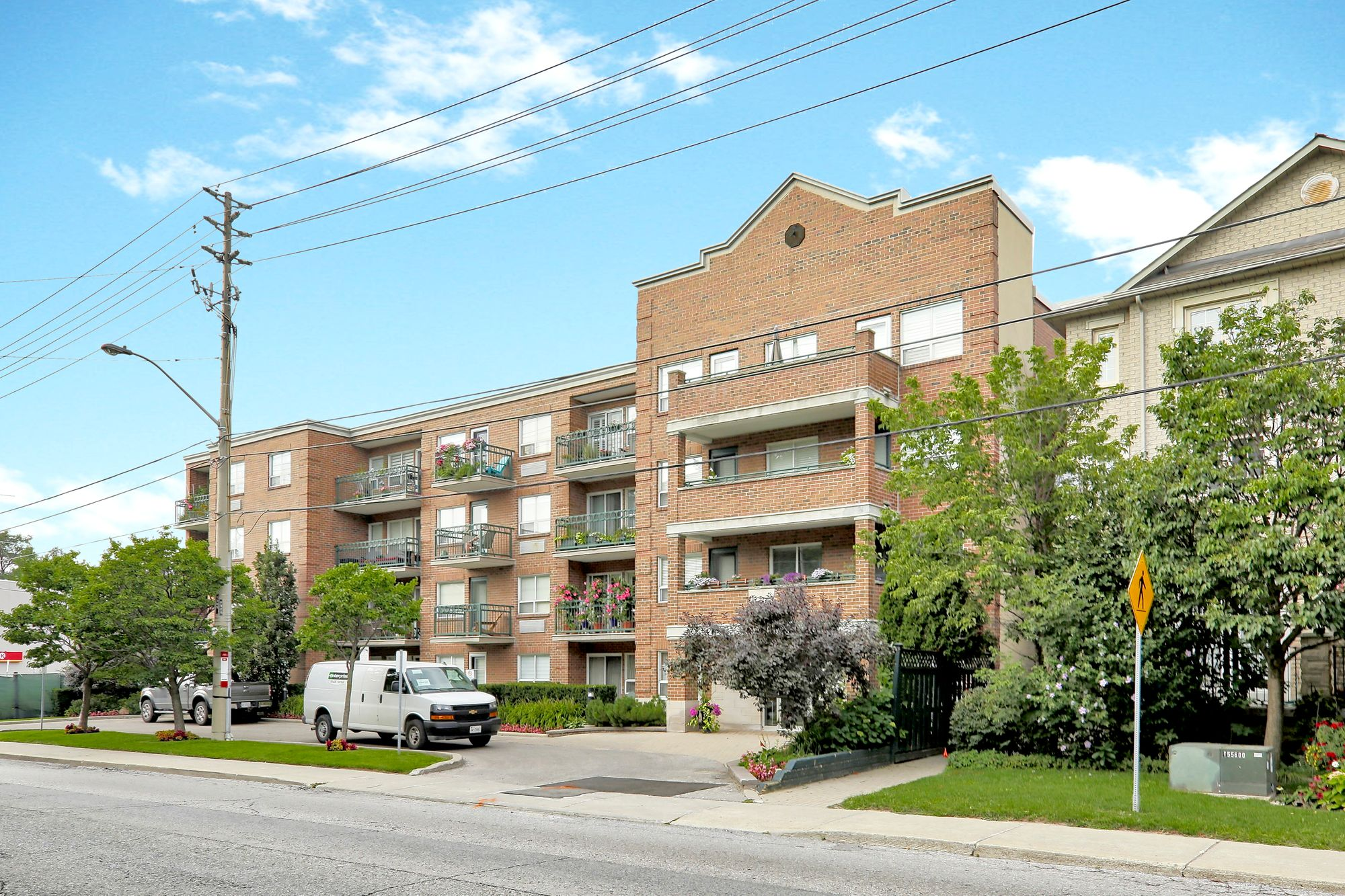 928 Millwood Rd. This condo townhouse at 928 Millwood Rd is located in  East York, Toronto - image #1 of 4 by Strata.ca