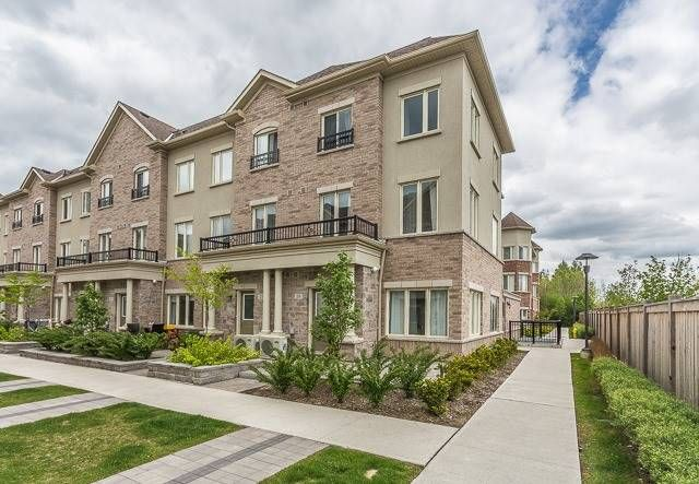 27 Coneflower Cres, unit Th 26 for sale in Westminster | Branson - image #1