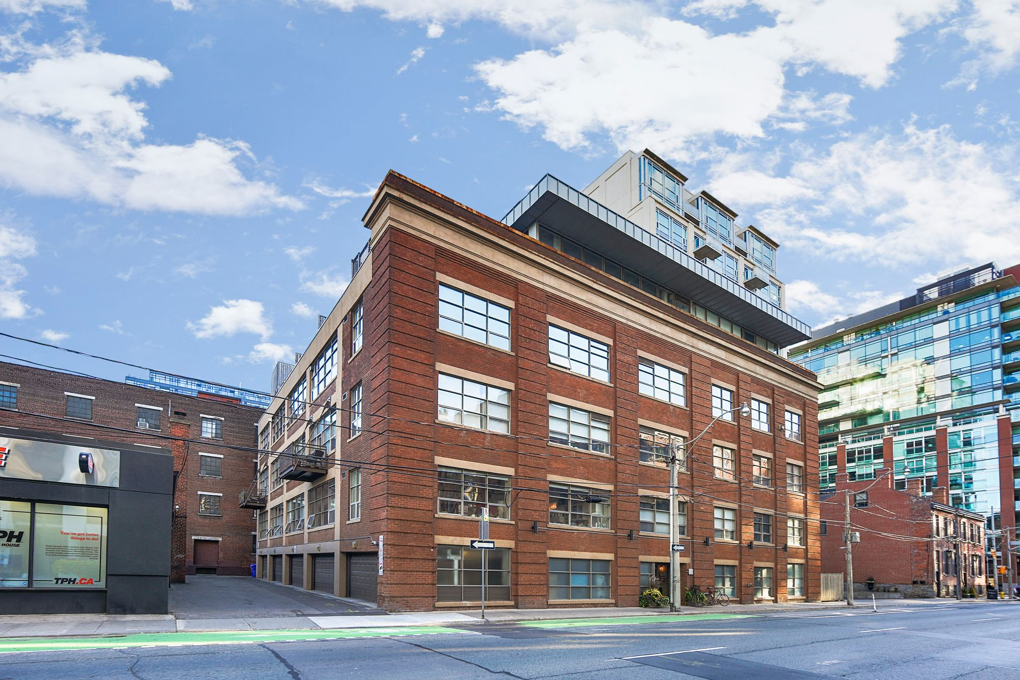 383 Adelaide St E. This loft at Liberty Lofts is located in  Downtown, Toronto - image #1 of 4 by Strata.ca
