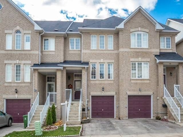 686-716 Warden Ave. This condo townhouse at Warden Avenue Townhouses is located in  Scarborough, Toronto