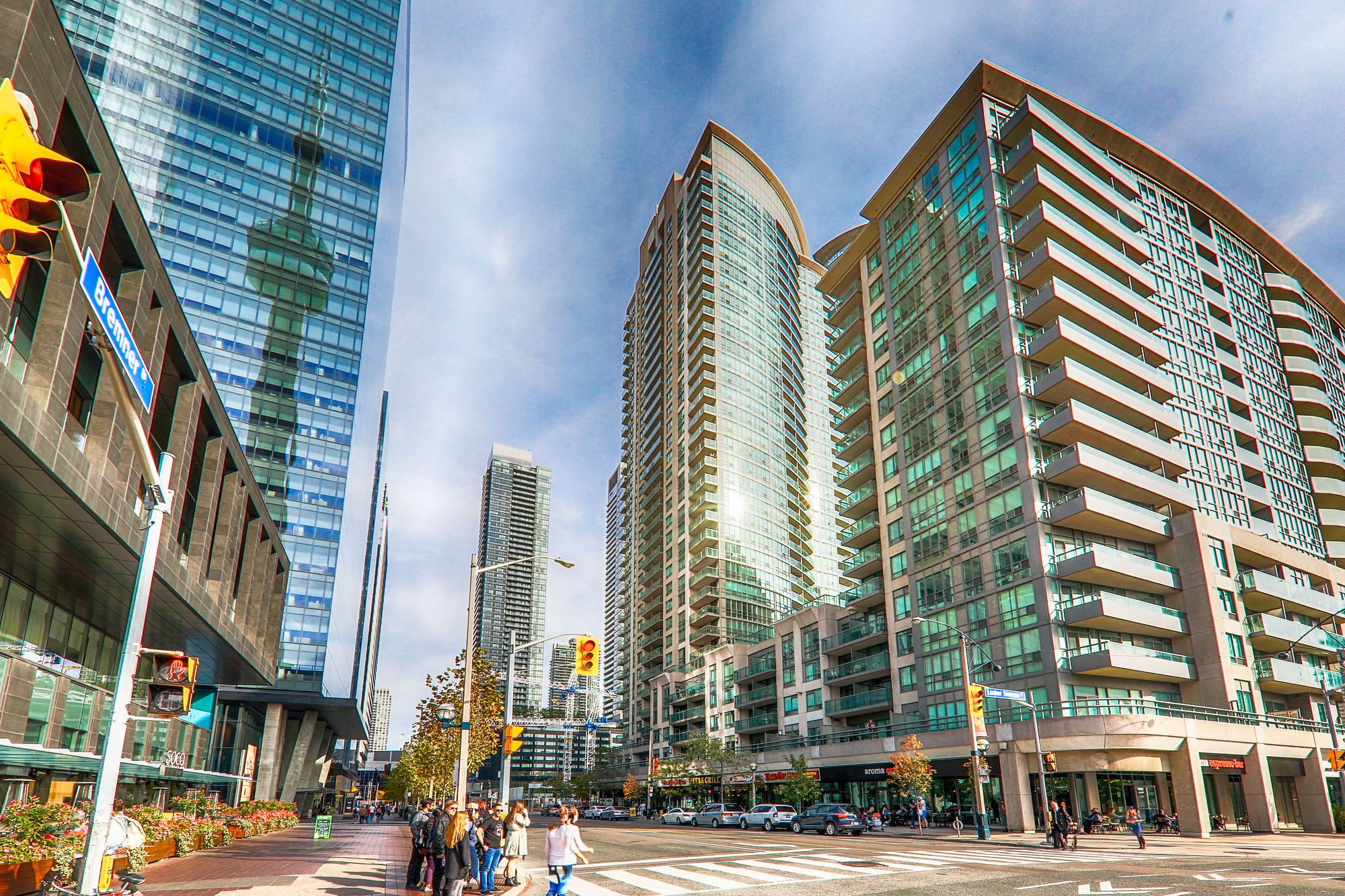 30 Grand Trunk Cres, unit 2709 for sale in City Centre - image #1