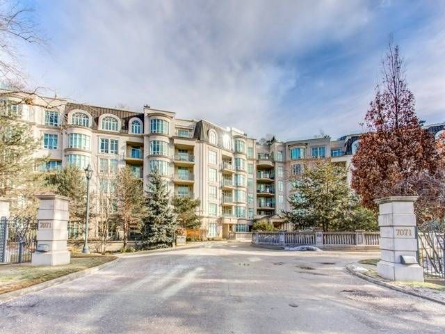 7071 Bayview Ave. This condo at Avignon Condos is located in Bayview | German Mills, Markham