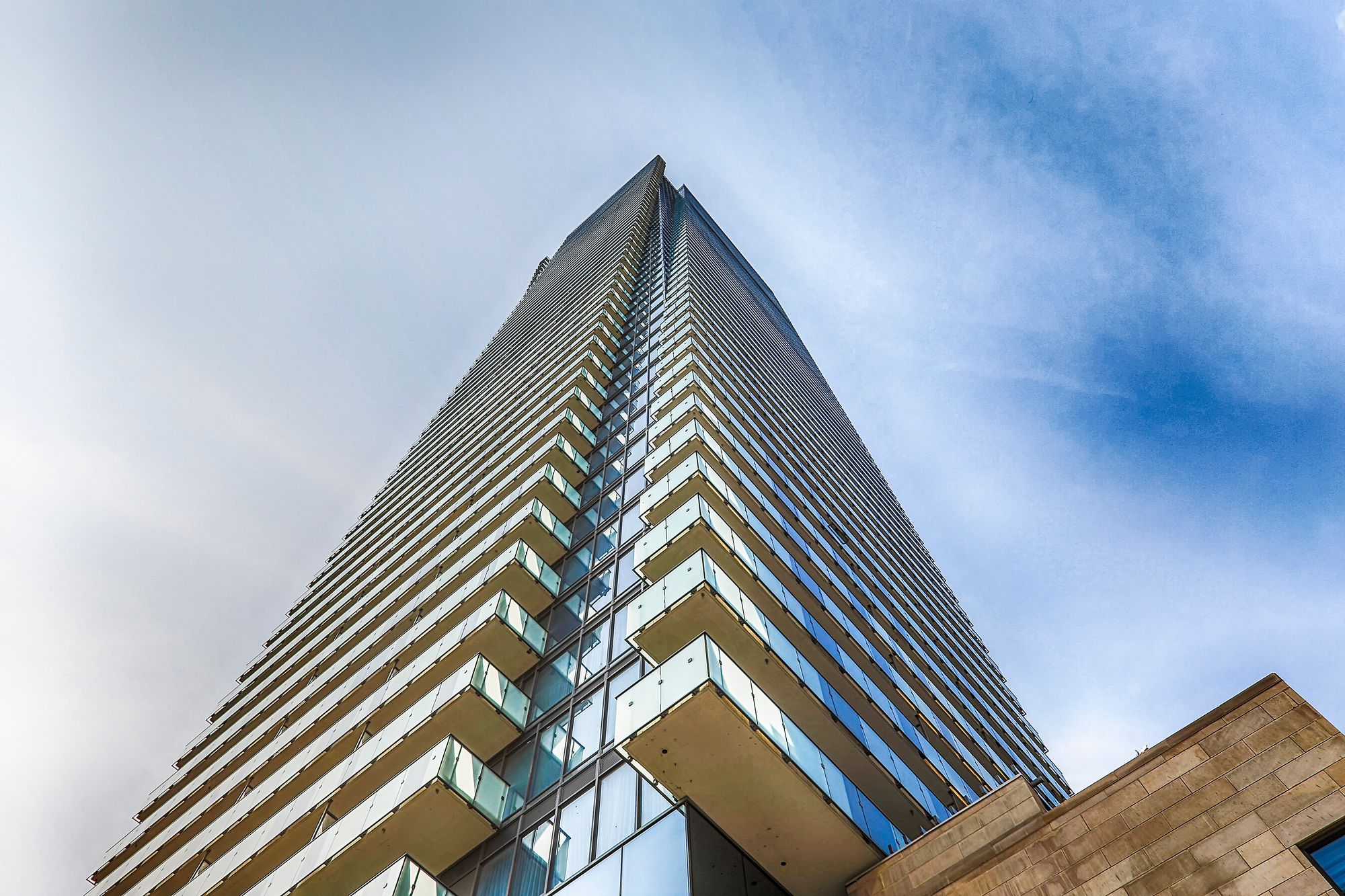 1082-1086 Bay St. This condo at U Condominium is located in  Downtown, Toronto - image #2 of 4 by Strata.ca