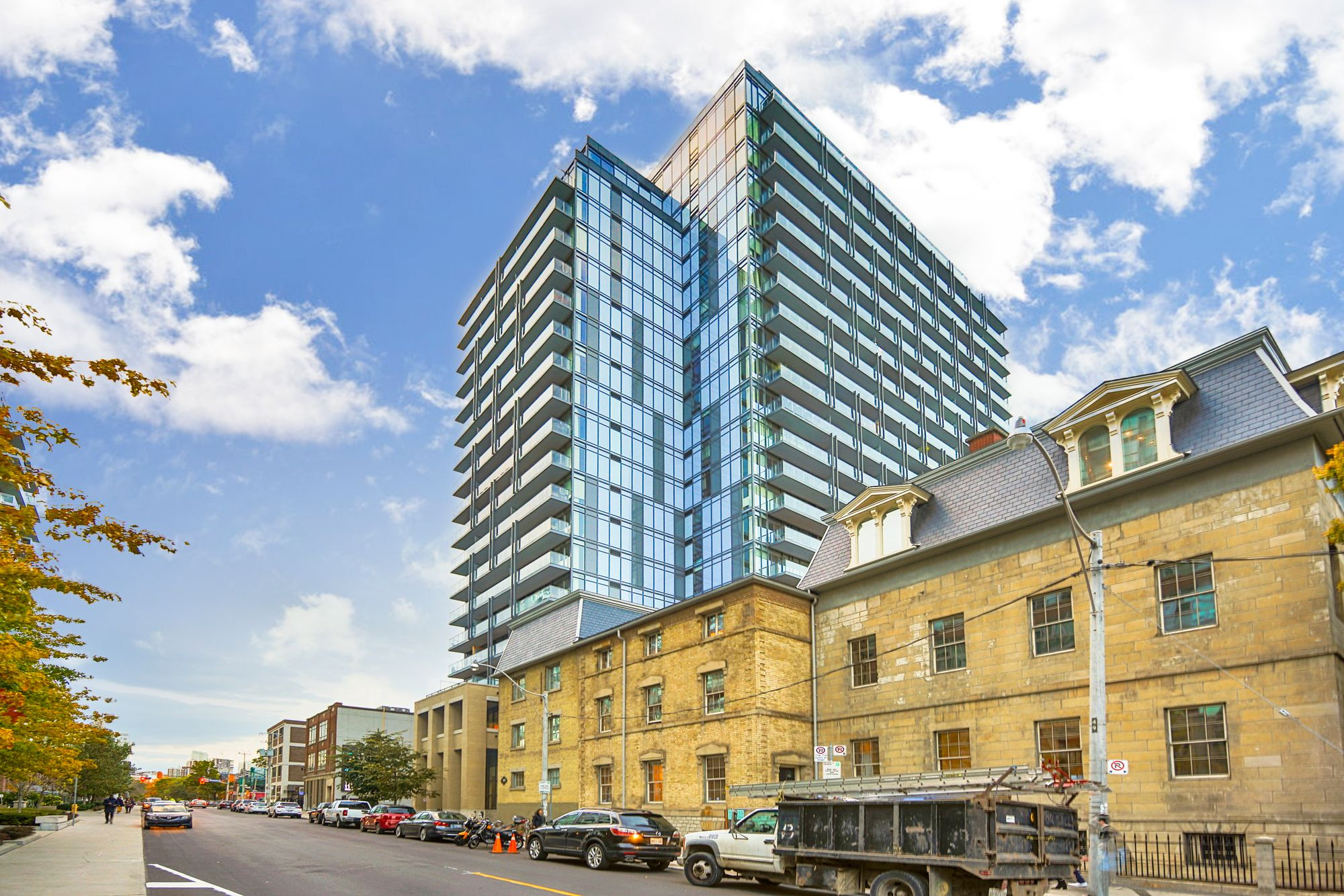 Post House at 105 George St | 1 Condo for Sale & 3 Units for Rent
