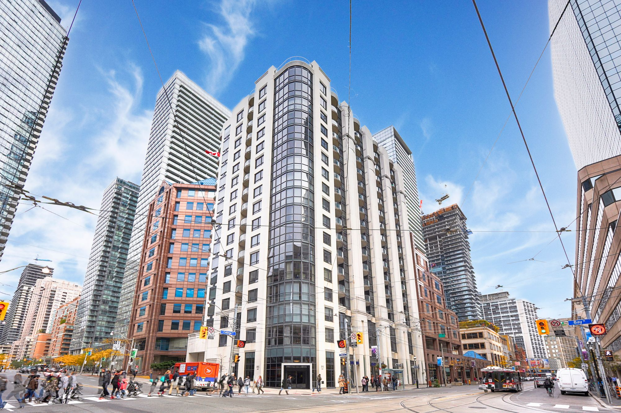 801 Bay St. This condo at The Royalton Condos is located in  Downtown, Toronto - image #1 of 4 by Strata.ca