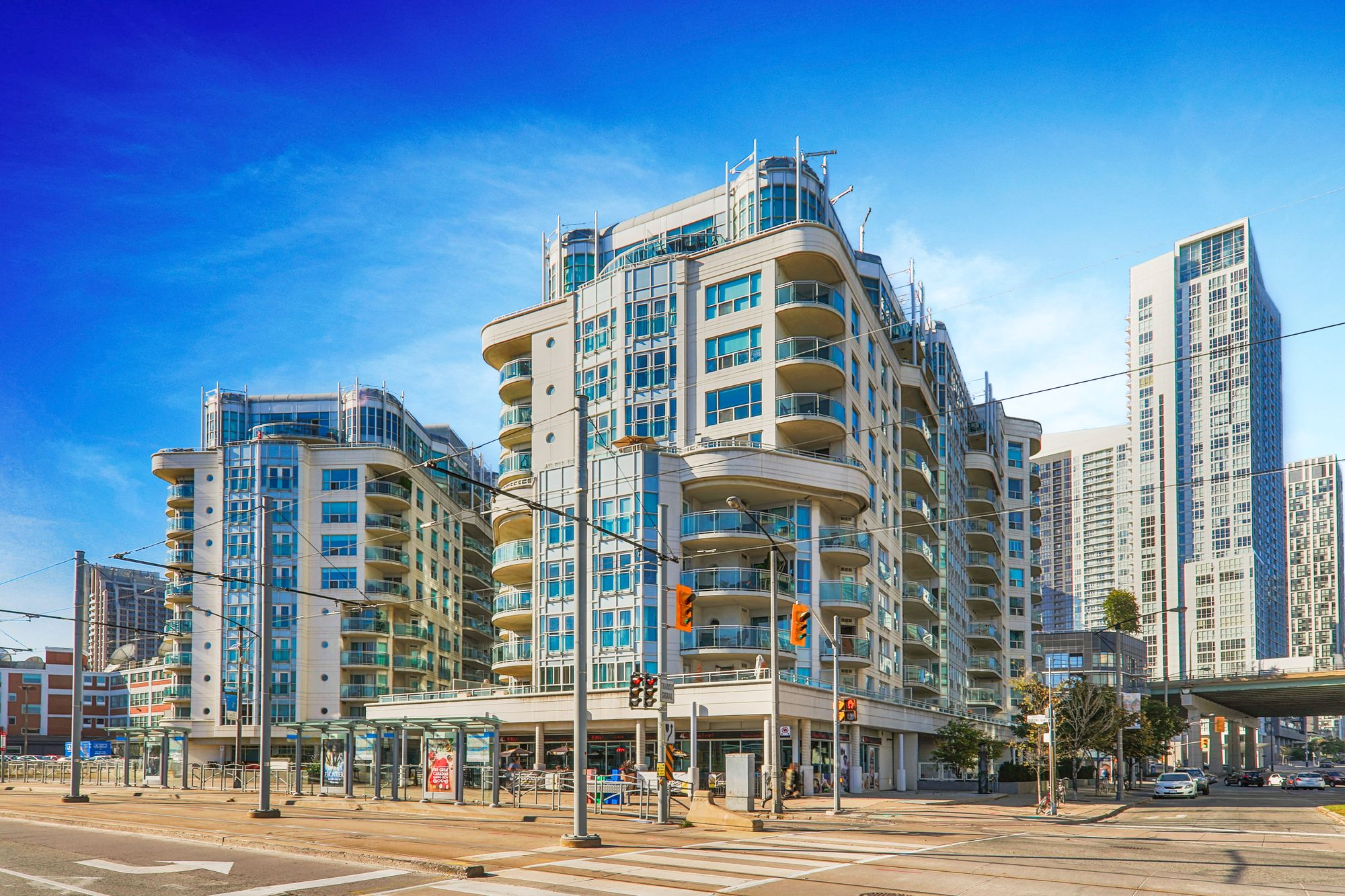 600 Queens Quay W, unit 508 for sale in The Waterfront - image #1