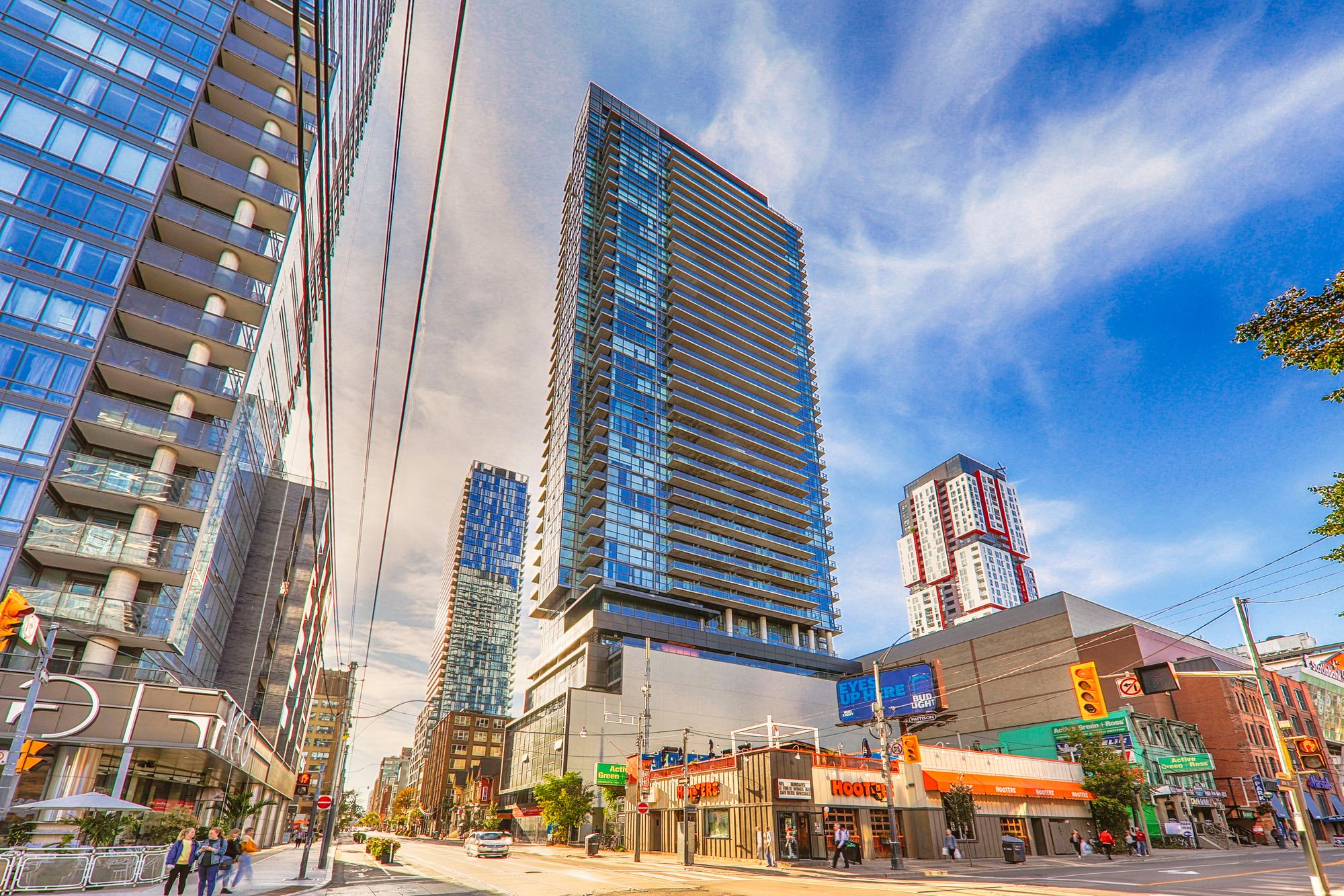 290 Adelaide St W. This condo at The Bond Condos is located in  Downtown, Toronto - image #2 of 4 by Strata.ca