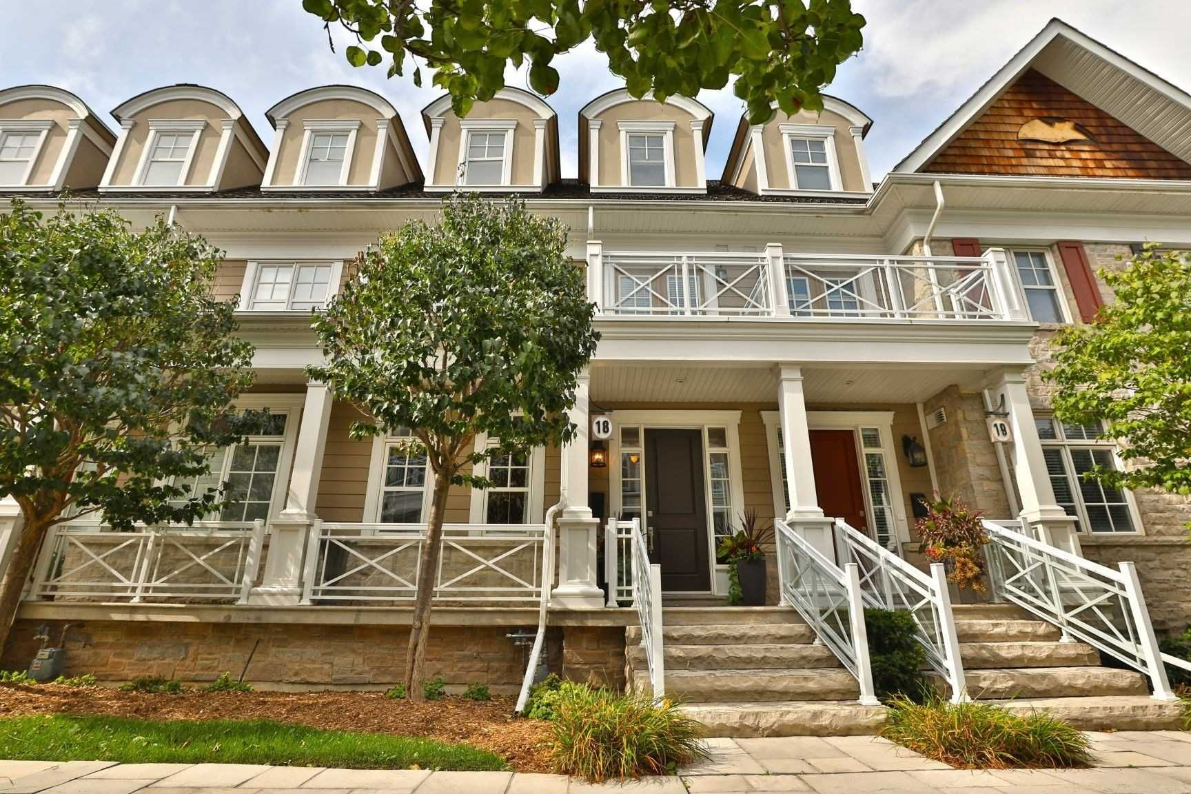 2369 Ontario St, unit 18 for sale in Bronte - image #1