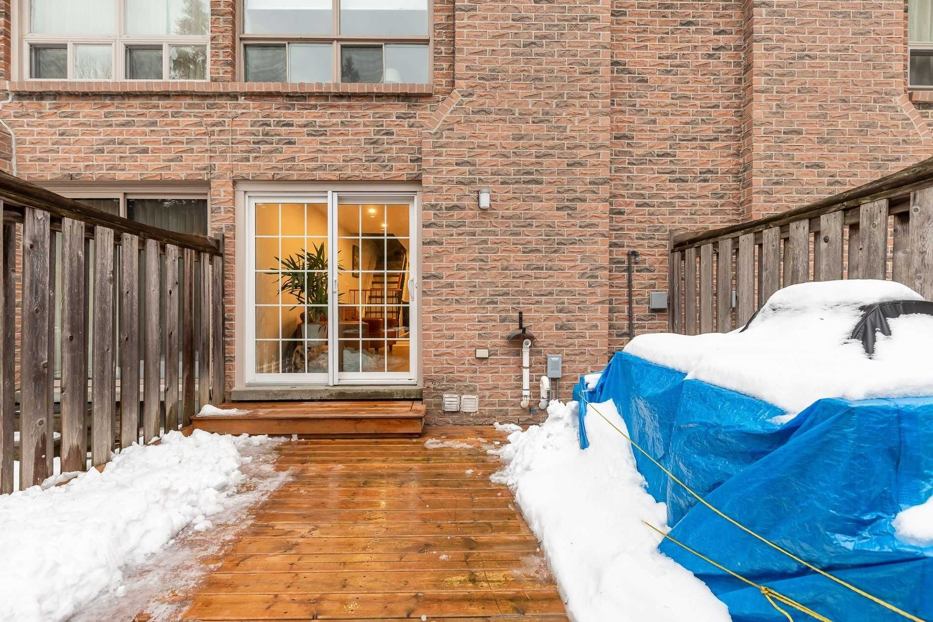 1-110 Dutch Myrtleway. This condo townhouse at Dutch Myrtleway Townhomes is located in  North York, Toronto