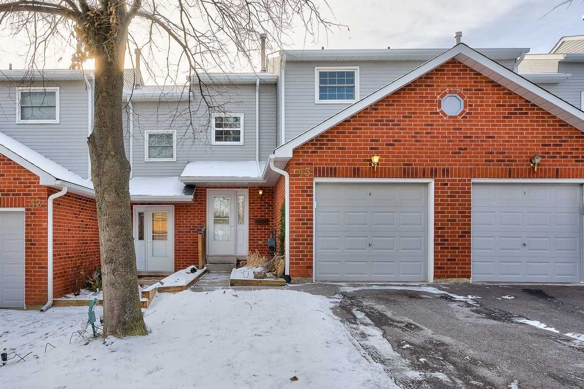 2065 Amherst Heights Court Townhomes at 2065 Amherst Heights Crt. This condo townhouse is located in Brant Hills | Nelson, Burlington