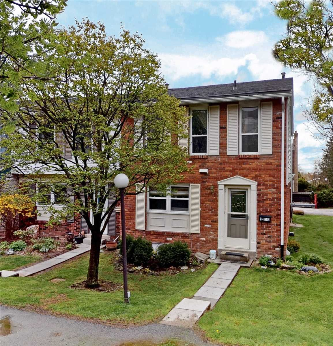2232 Upper Middle Rd, unit 2 for sale in Brant Hills | Nelson - image #1