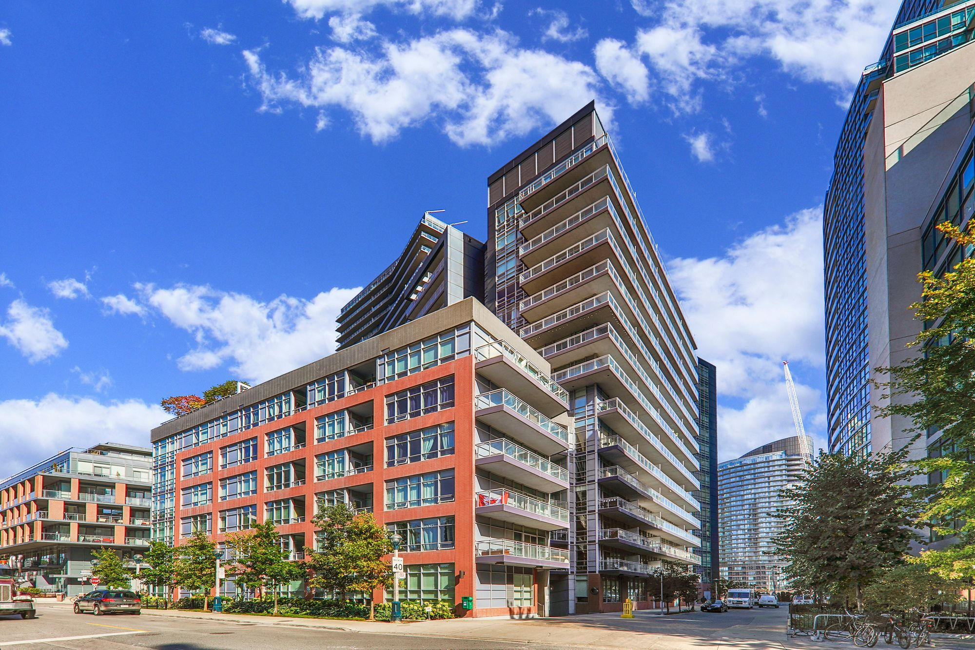 15 Bruyeres Mews. This condo at LTD is located in  Downtown, Toronto - image #2 of 4 by Strata.ca