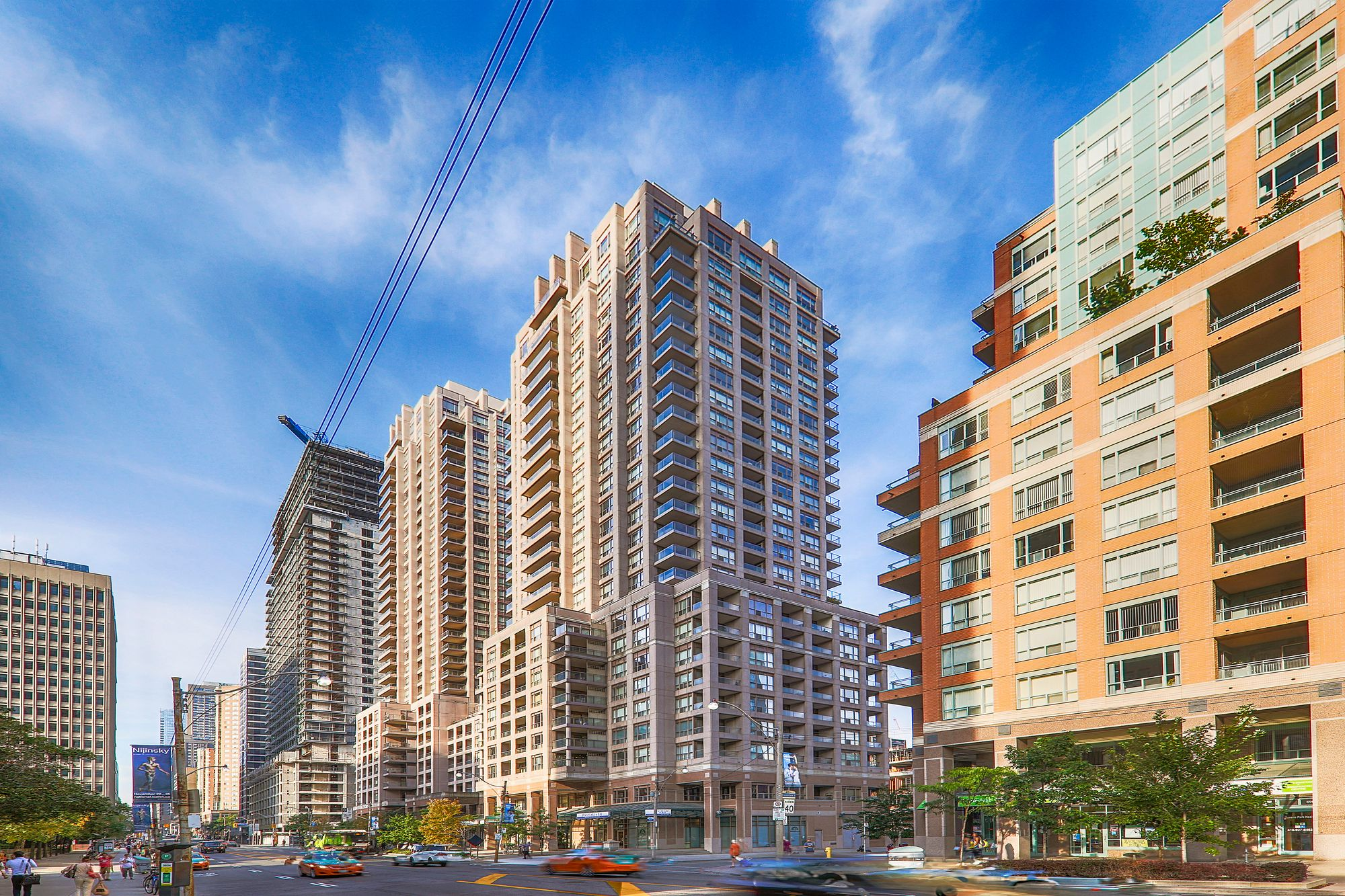 The Allegro at 909 Bay St. This condo is located in  Downtown, Toronto - image #2 of 5 by Strata.ca