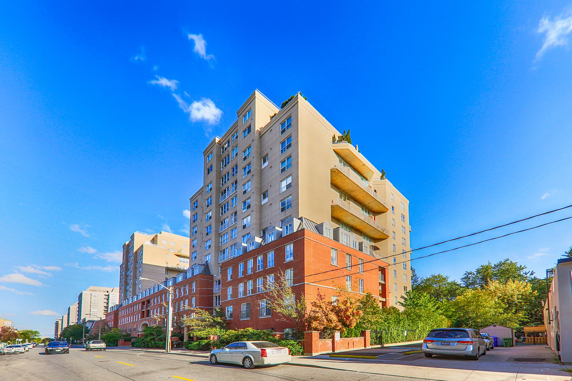 The Metro at 139 Merton St & 119 Merton St. This condo is located in  Midtown, Toronto - image #1 of 5 by Strata.ca