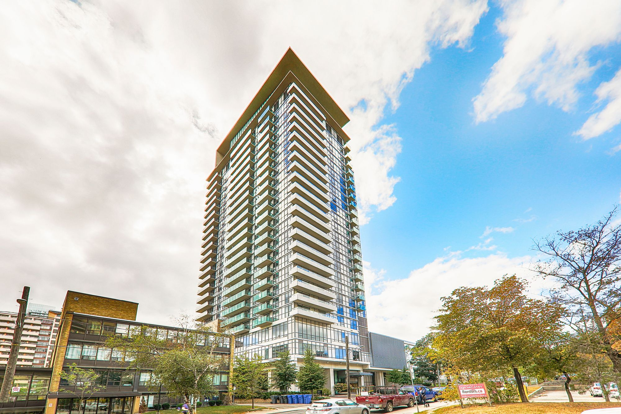 25 Broadway Ave. This condo at The Republic North Tower is located in  Midtown, Toronto - image #1 of 6 by Strata.ca