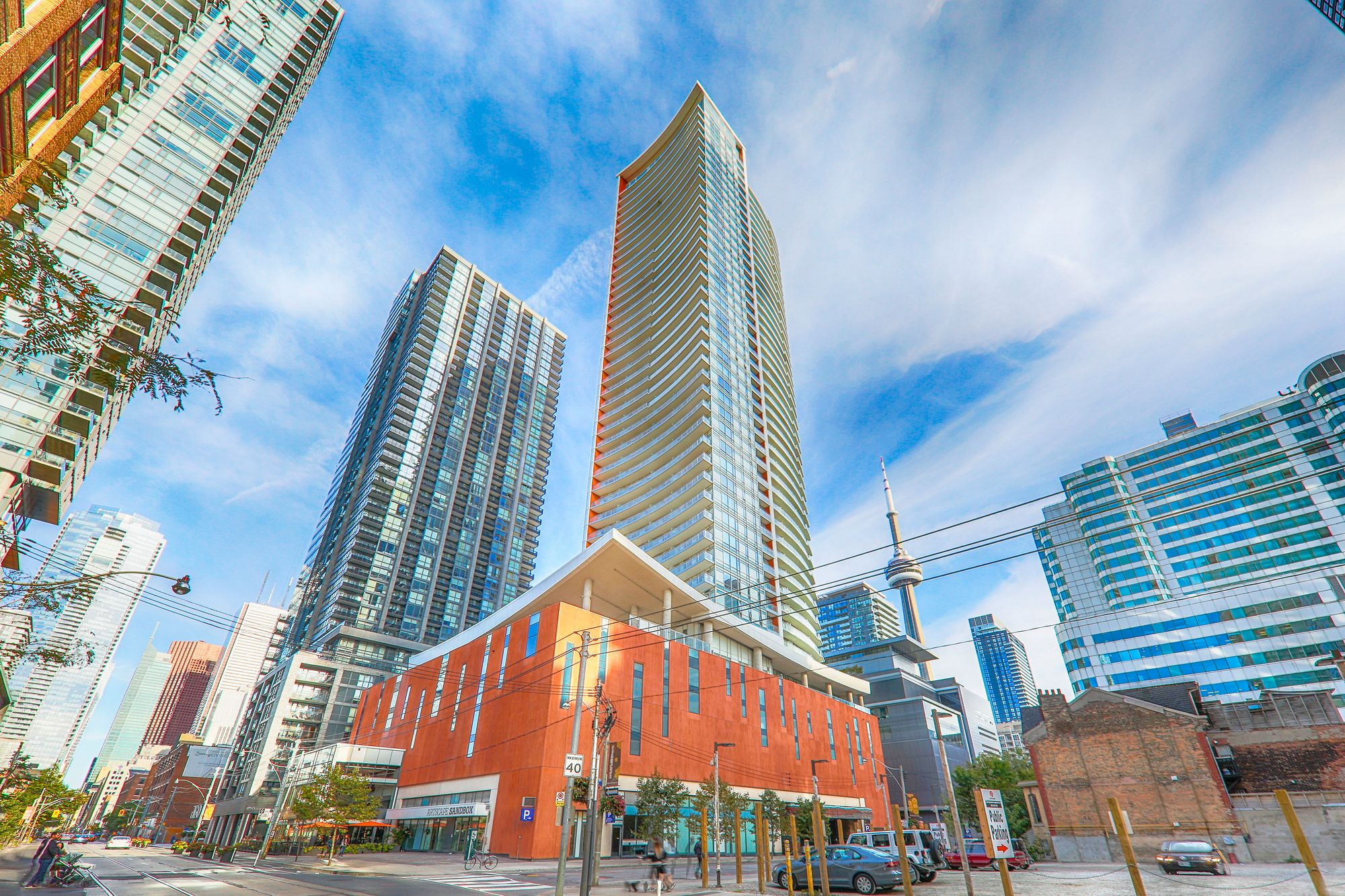 Cinema Tower At 21 Widmer St 5 Condos For Sale 12 Units For Rent Strata Ca