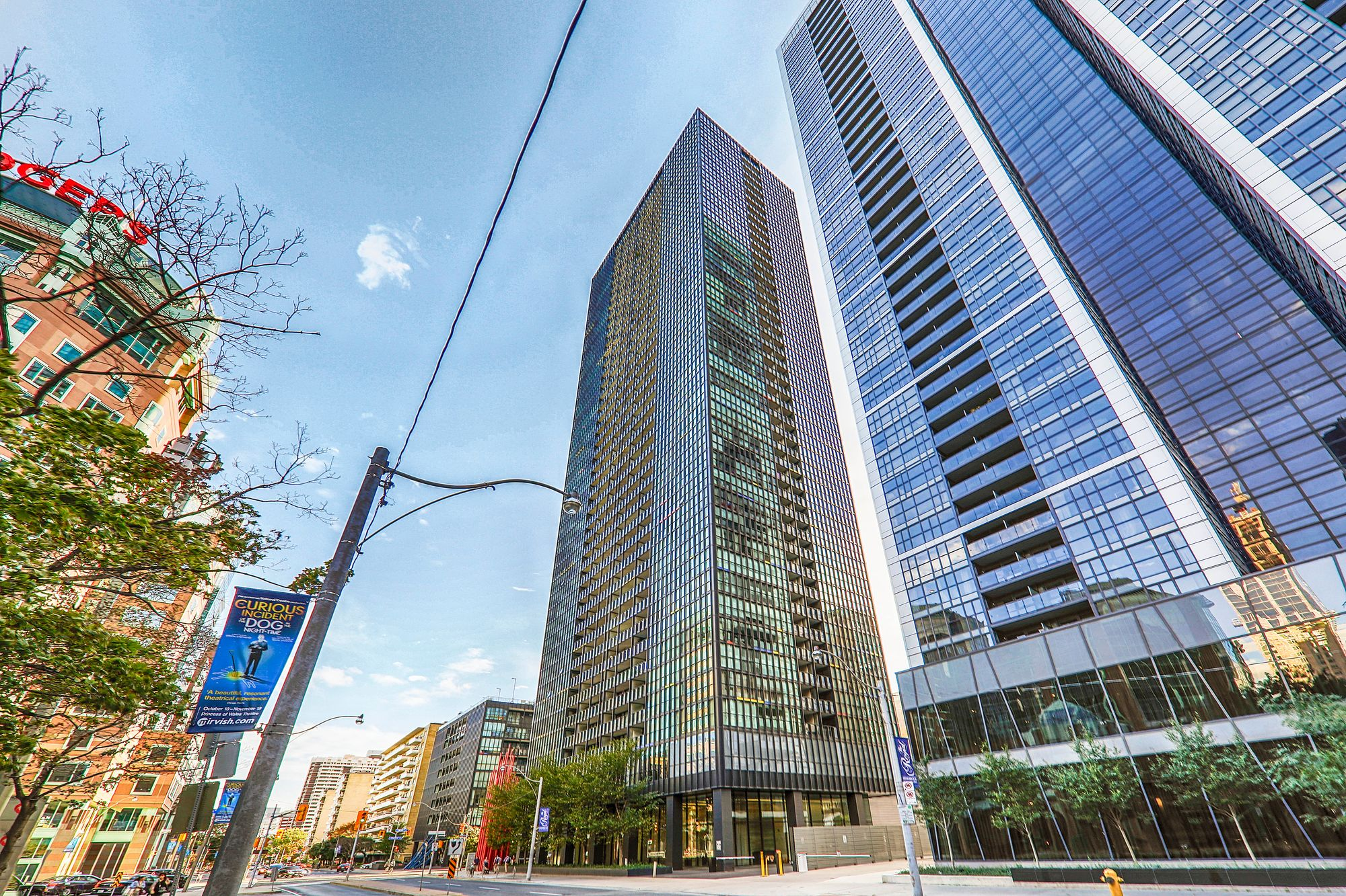 X2 Condos At 101 Charles St E 4 Condos For Sale 8 Units For Rent