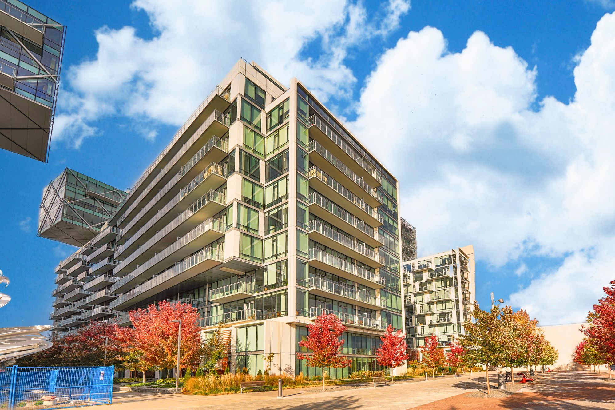 39 Queens Quay E. This condo at Pier 27 is located in  Downtown, Toronto - image #1 of 5 by Strata.ca