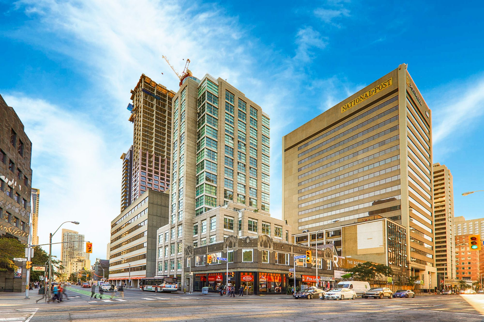 409 Bloor St E. This condo at The Rosedale is located in  Downtown, Toronto - image #1 of 6 by Strata.ca
