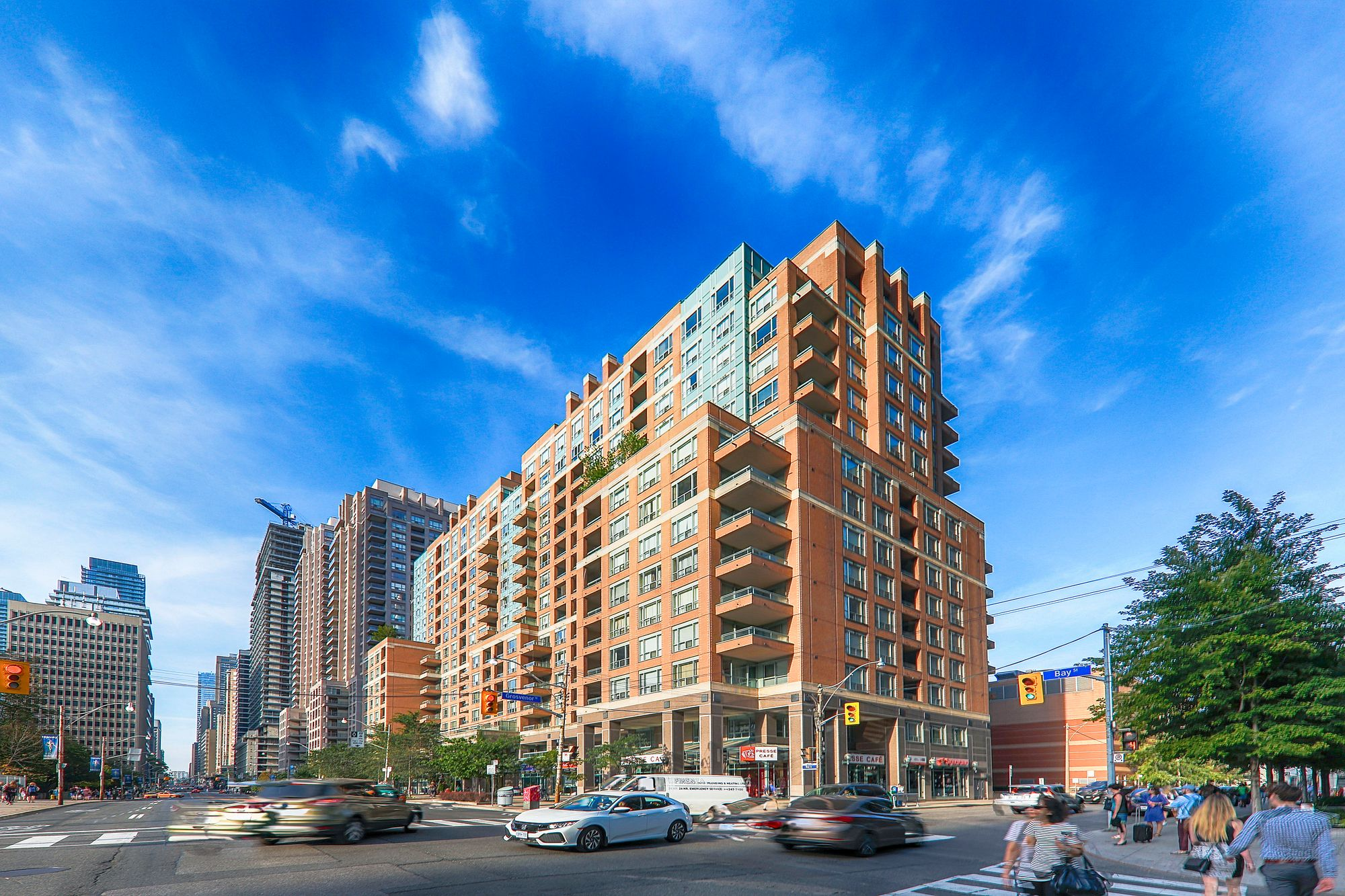 Opera Place II at 889 Bay St. This condo is located in  Downtown, Toronto - image #2 of 5 by Strata.ca
