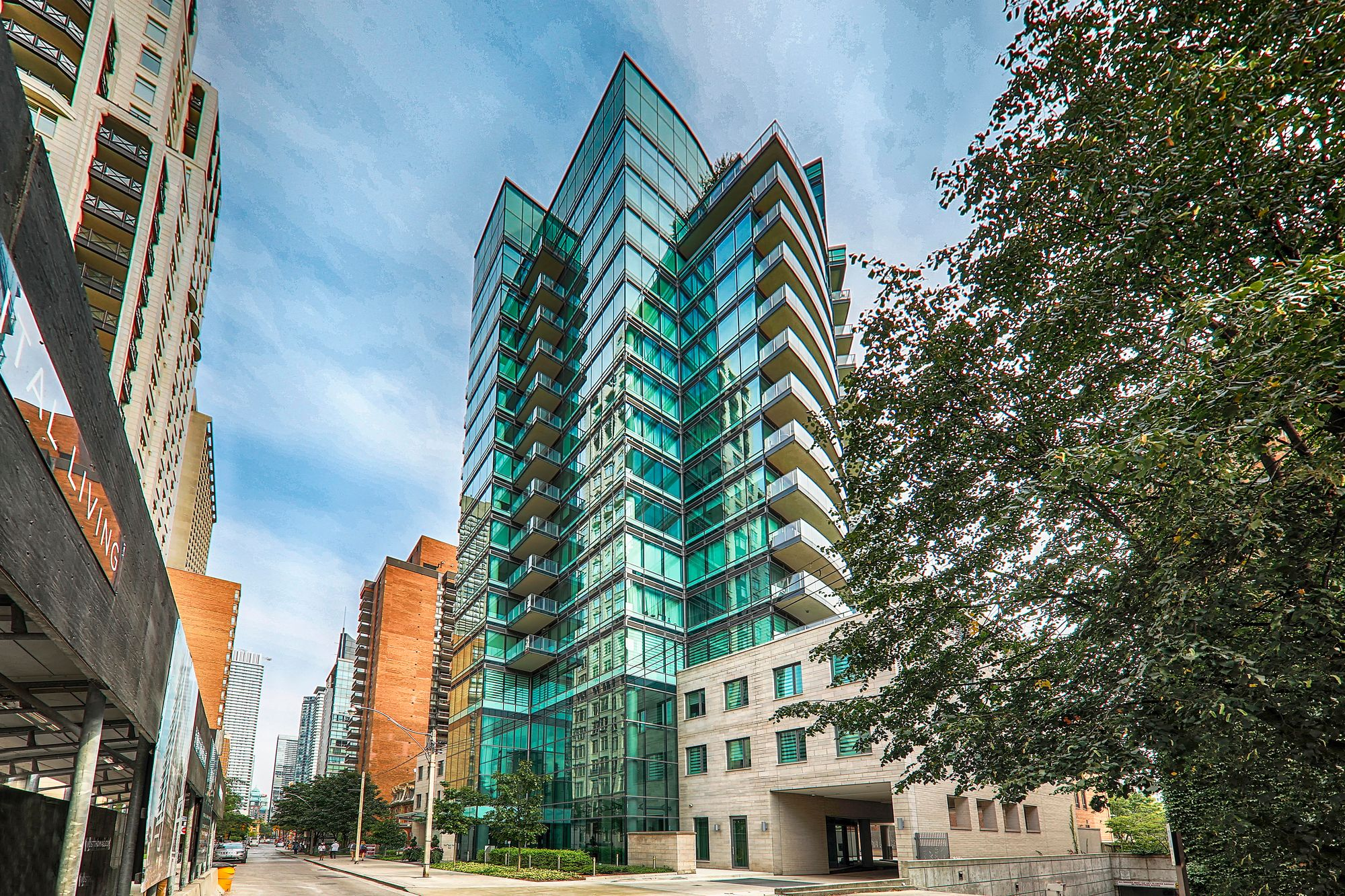 77 Charles West at 77 Charles St W. This condo is located in  Downtown, Toronto - image #2 of 4 by Strata.ca