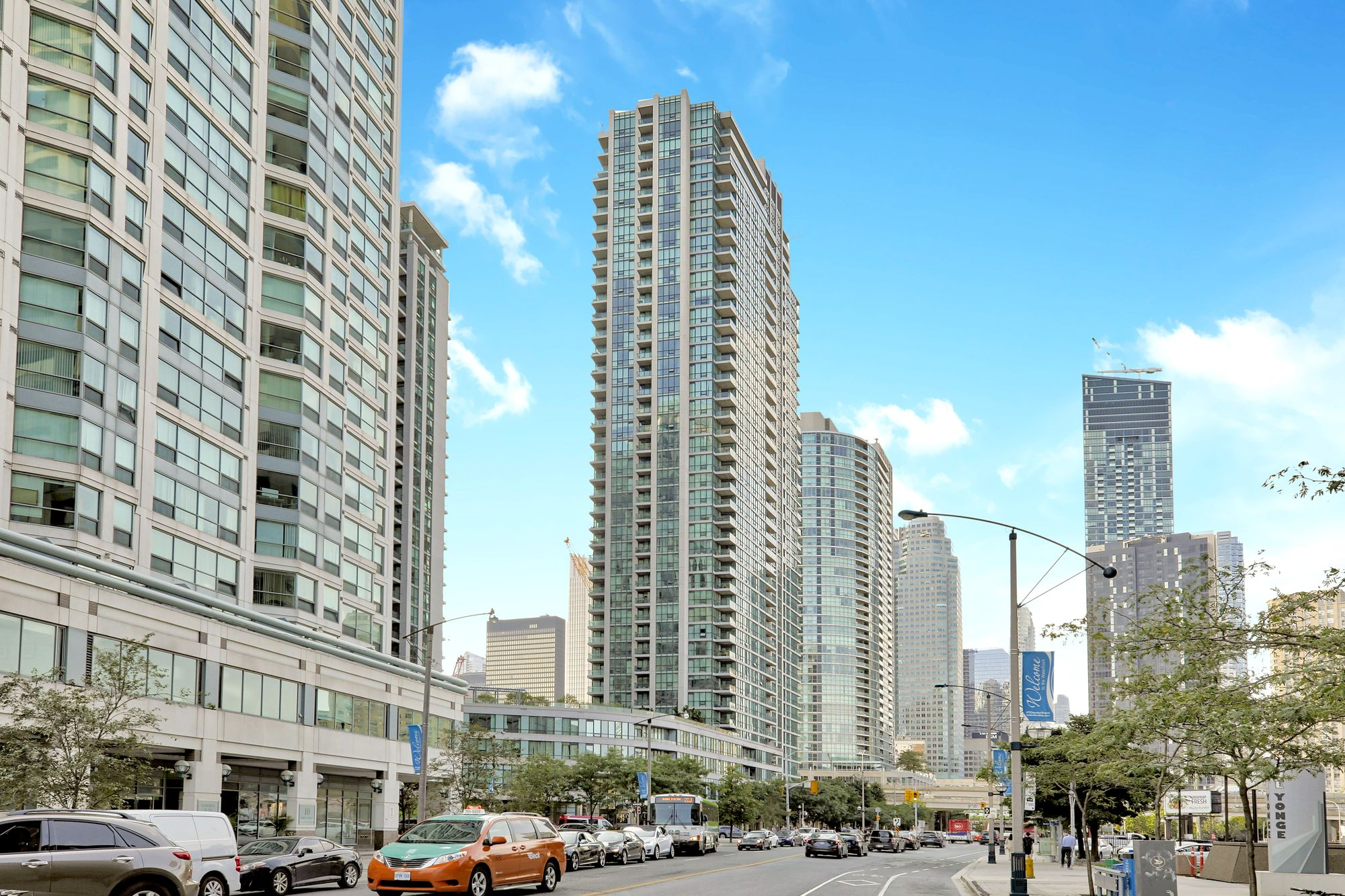 Pinnacle Centre I Condos at 12 Yonge St. This condo is located in  Downtown, Toronto - image #1 of 6 by Strata.ca
