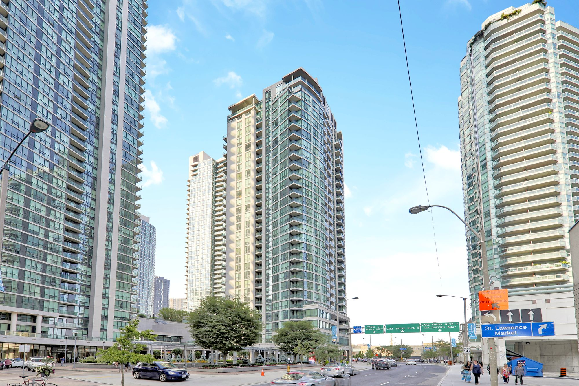 Pinnacle Centre I Condos at 12 Yonge St. This condo is located in  Downtown, Toronto - image #2 of 6 by Strata.ca