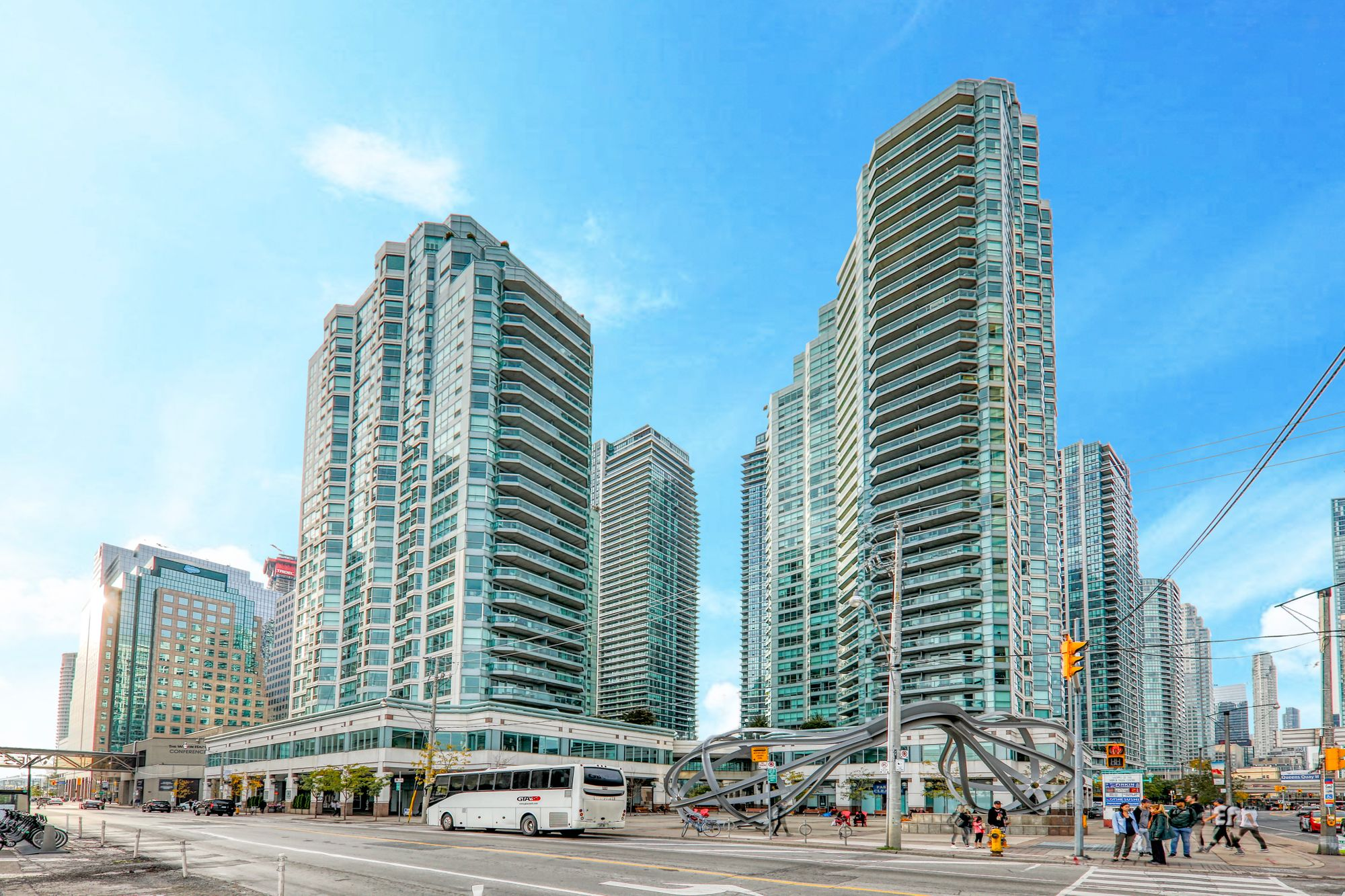 10 Queens Quay W. This condo at Residences Of The World Trade Centre II is located in  Downtown, Toronto - image #1 of 4 by Strata.ca