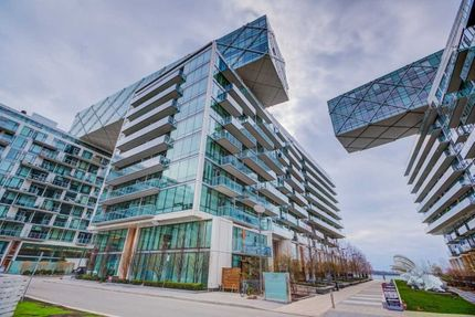 Pier 27 at 39 Queens Quay E | 2 Condos for Sale & 9 Units
