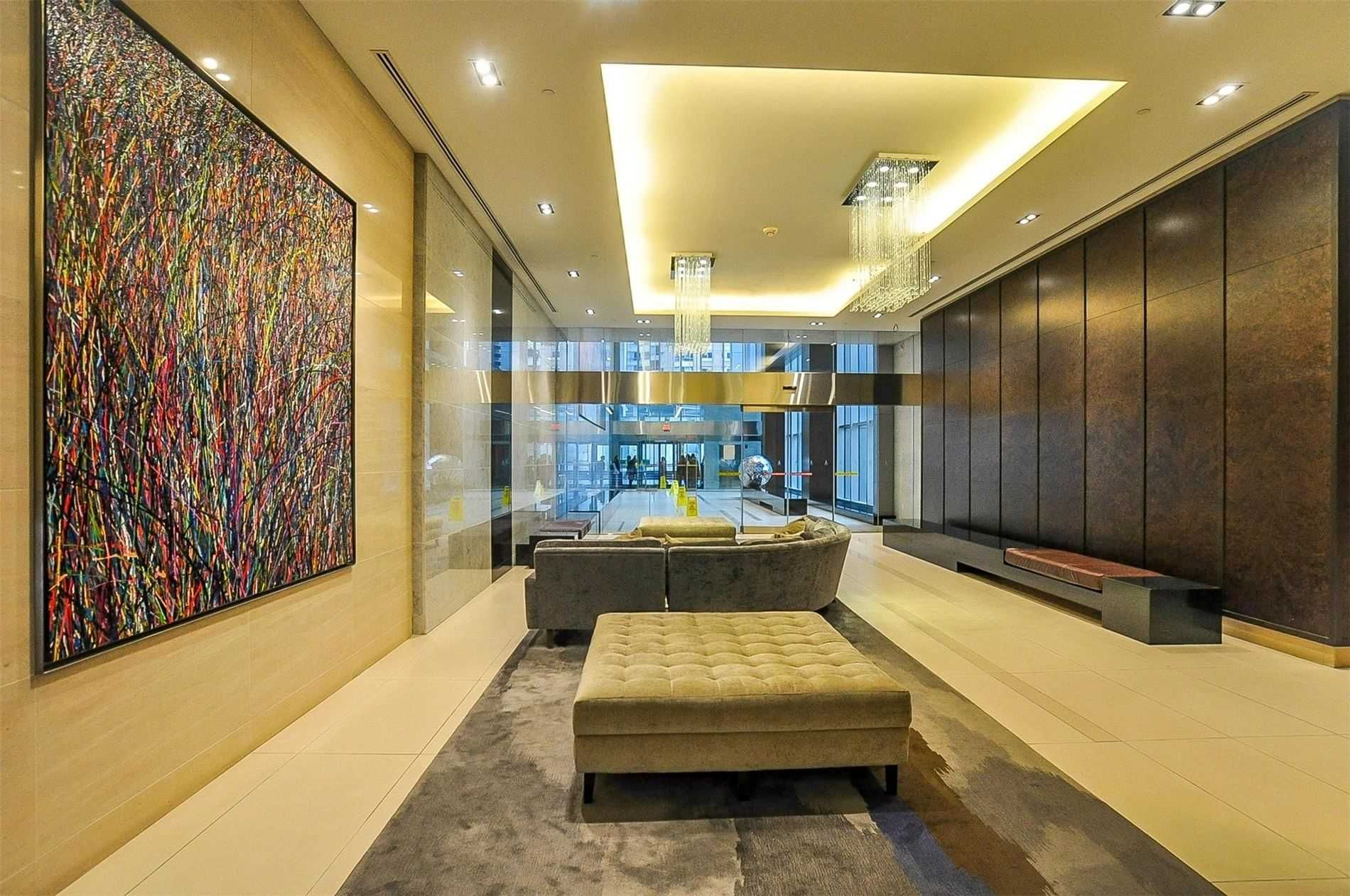 386 Yonge St, unit 3502 for sale in Toronto - image #2