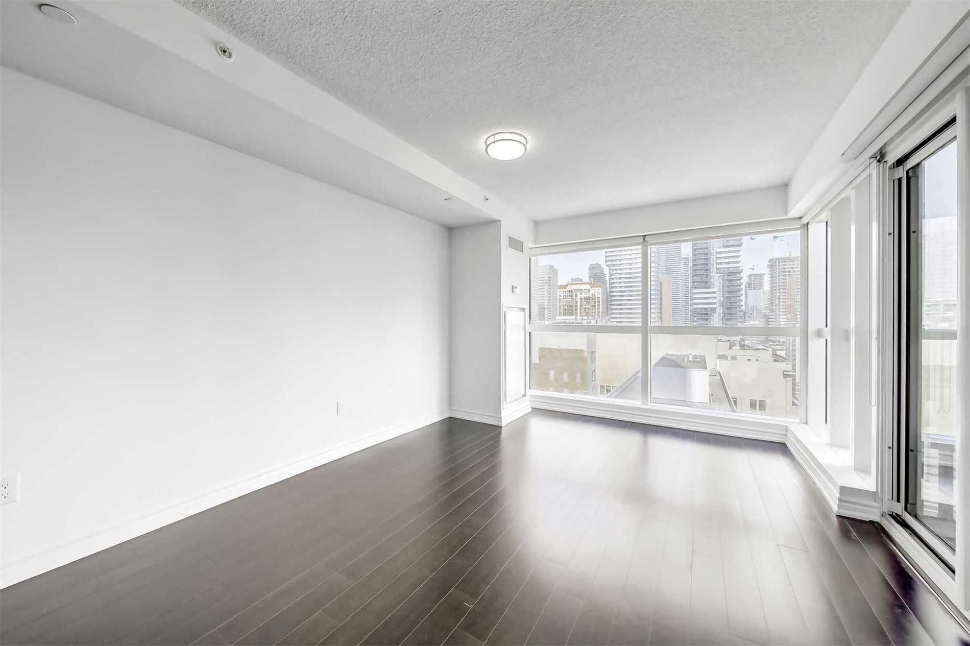 386 Yonge St, unit 1801 for rent in Toronto - image #1