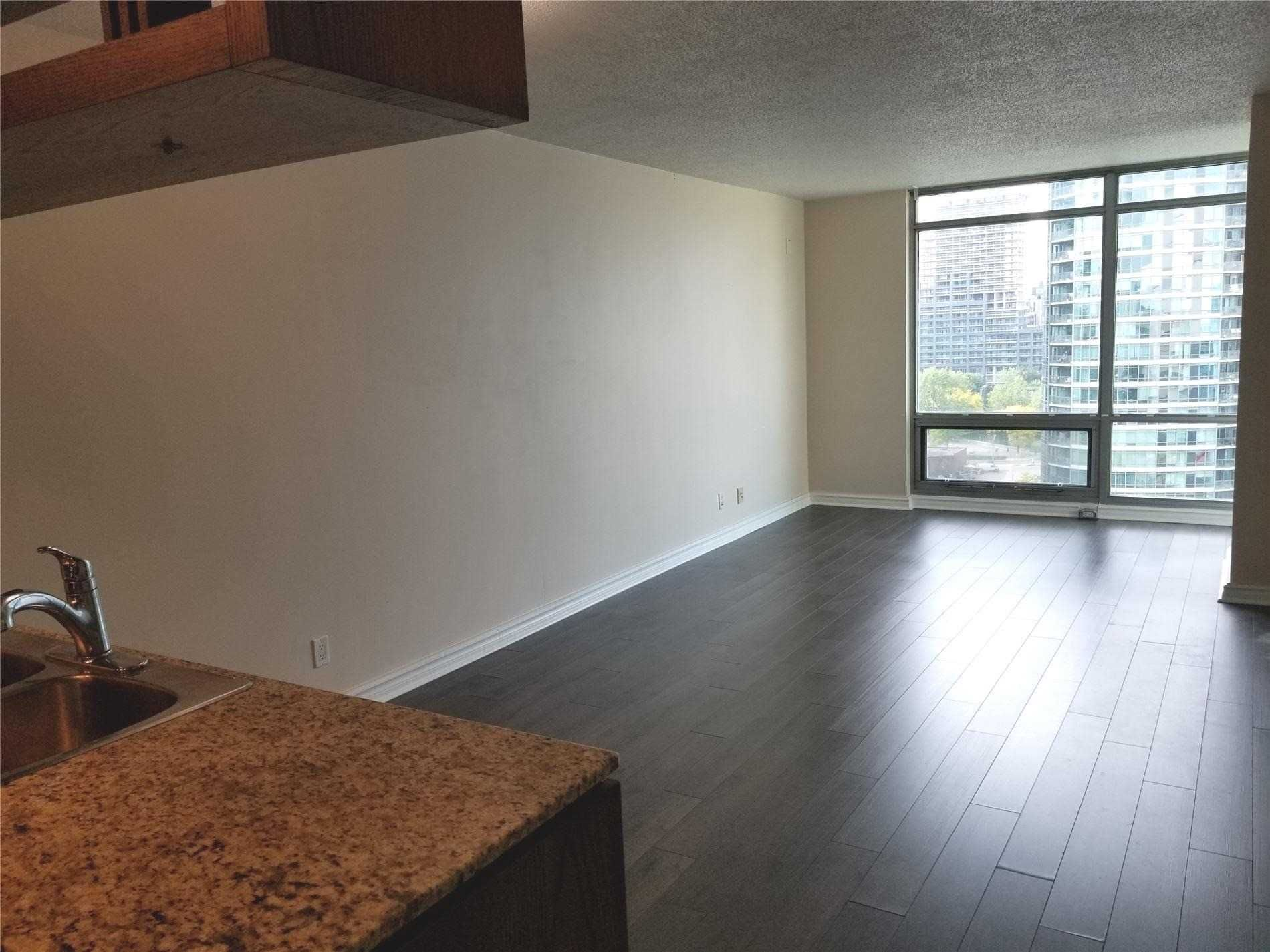 81 Navy Wharf Crt, unit 1811 for rent in Toronto - image #1