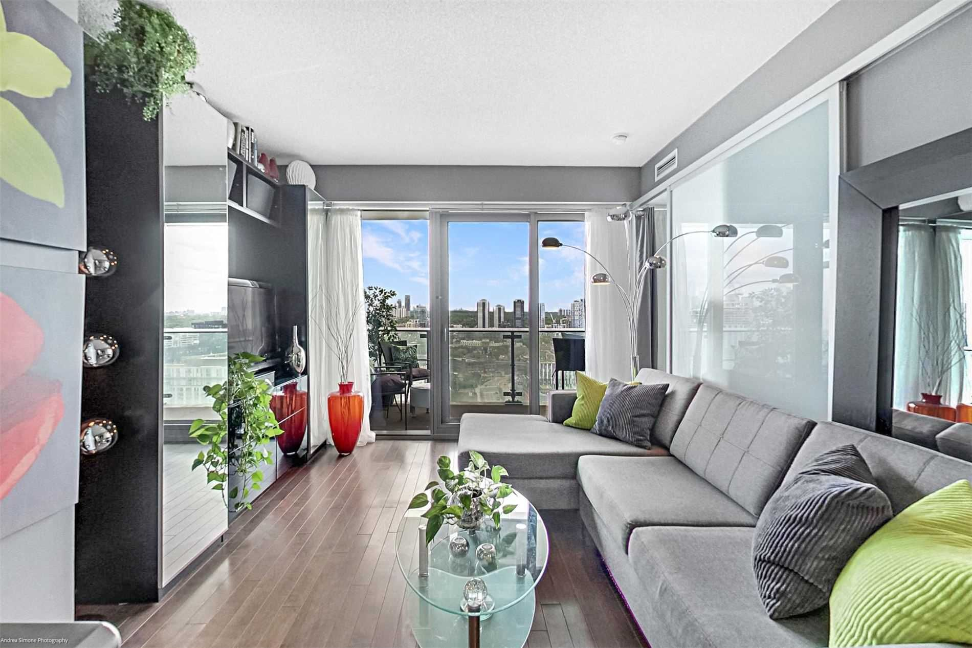 390 Cherry St, unit 2204 for sale in Toronto - image #2