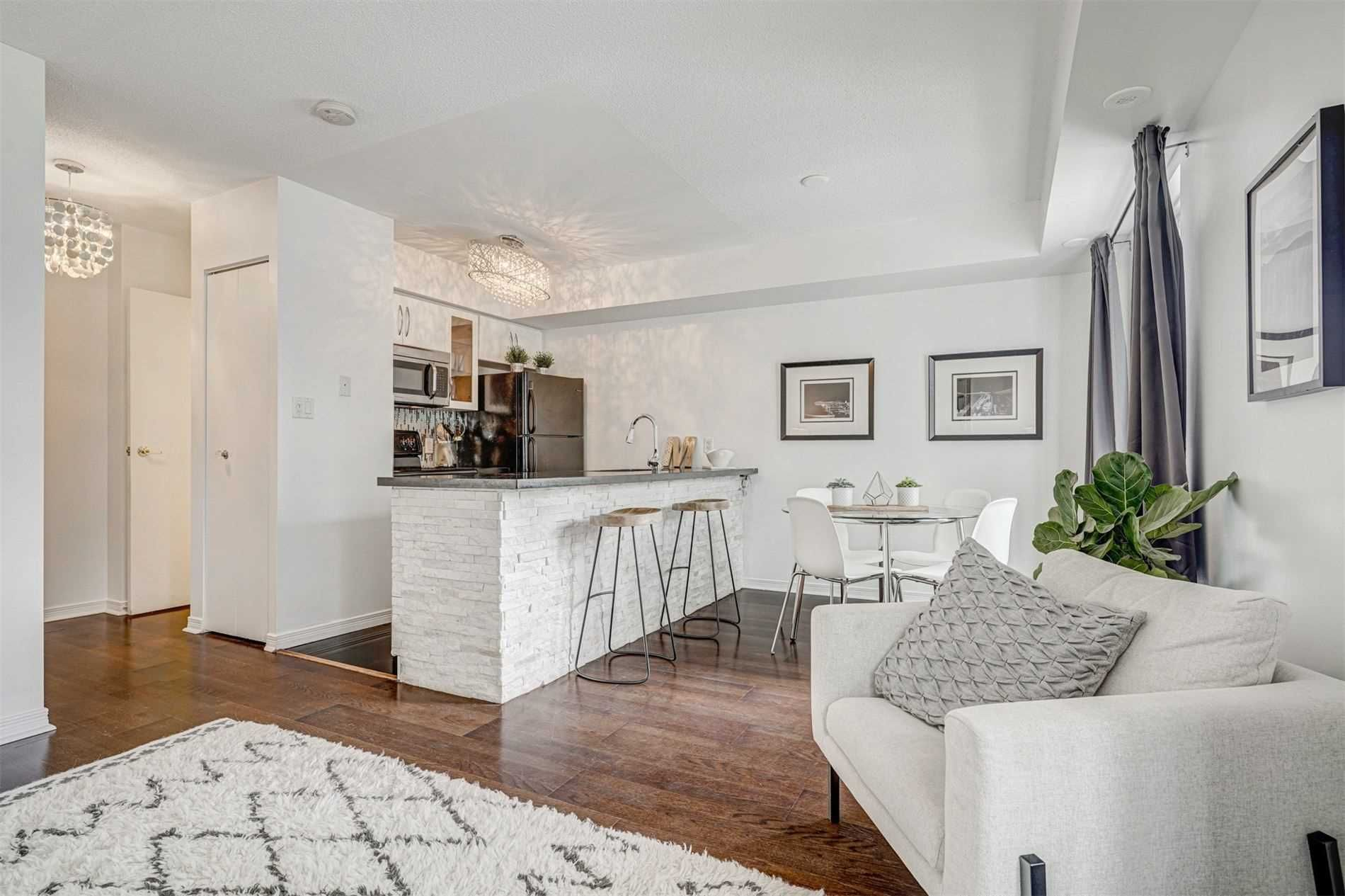 22 Western Battery Rd, unit 106 for sale in Toronto - image #2