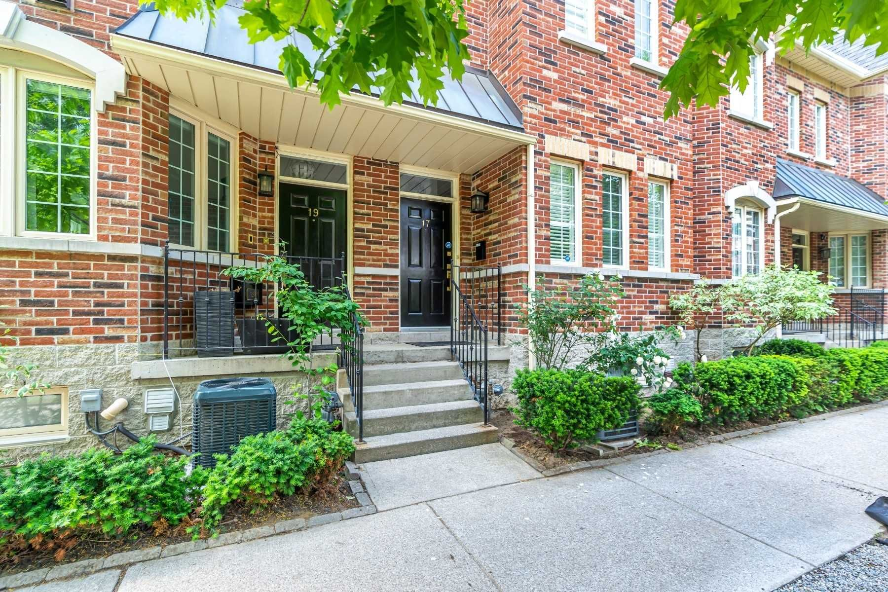 17 Earl St, unit null for sale in Toronto - image #1