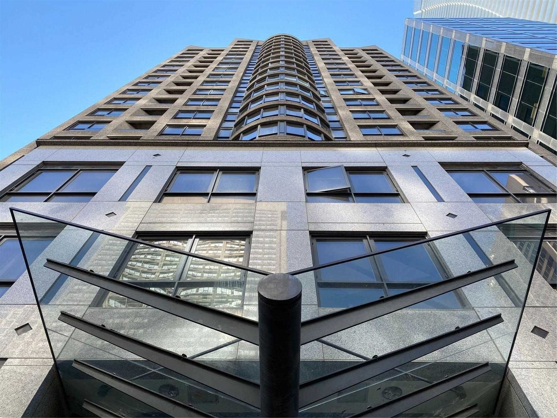 55 Bloor St E, unit 1701 for rent in Toronto - image #1