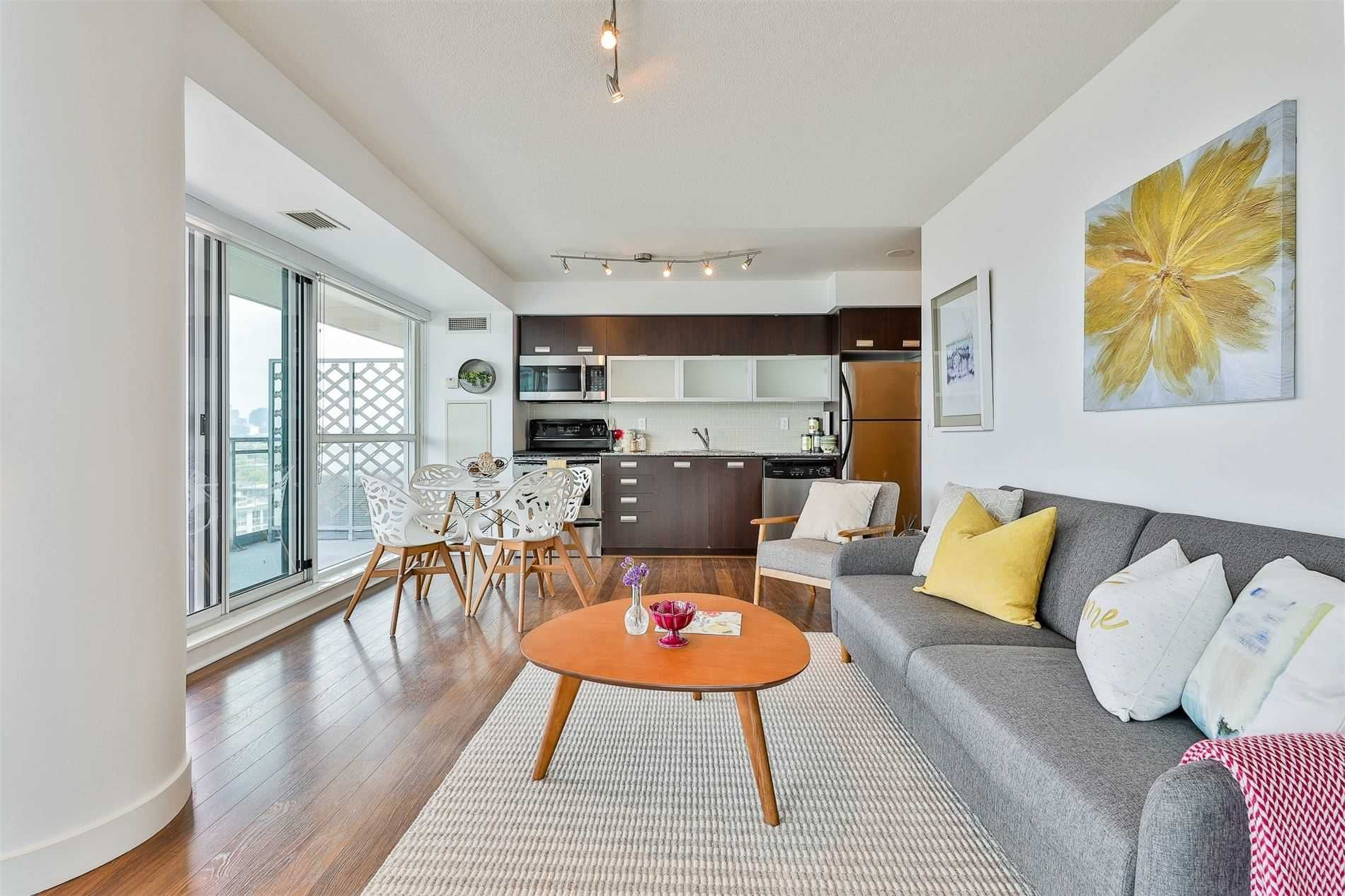 80 Western Battery Rd, unit 1404 for sale in Toronto - image #2