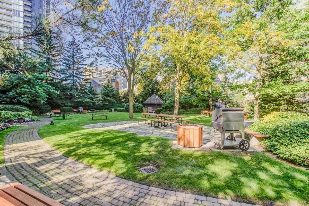 10 Kenneth Ave, unit 509 for sale in Toronto - image #2