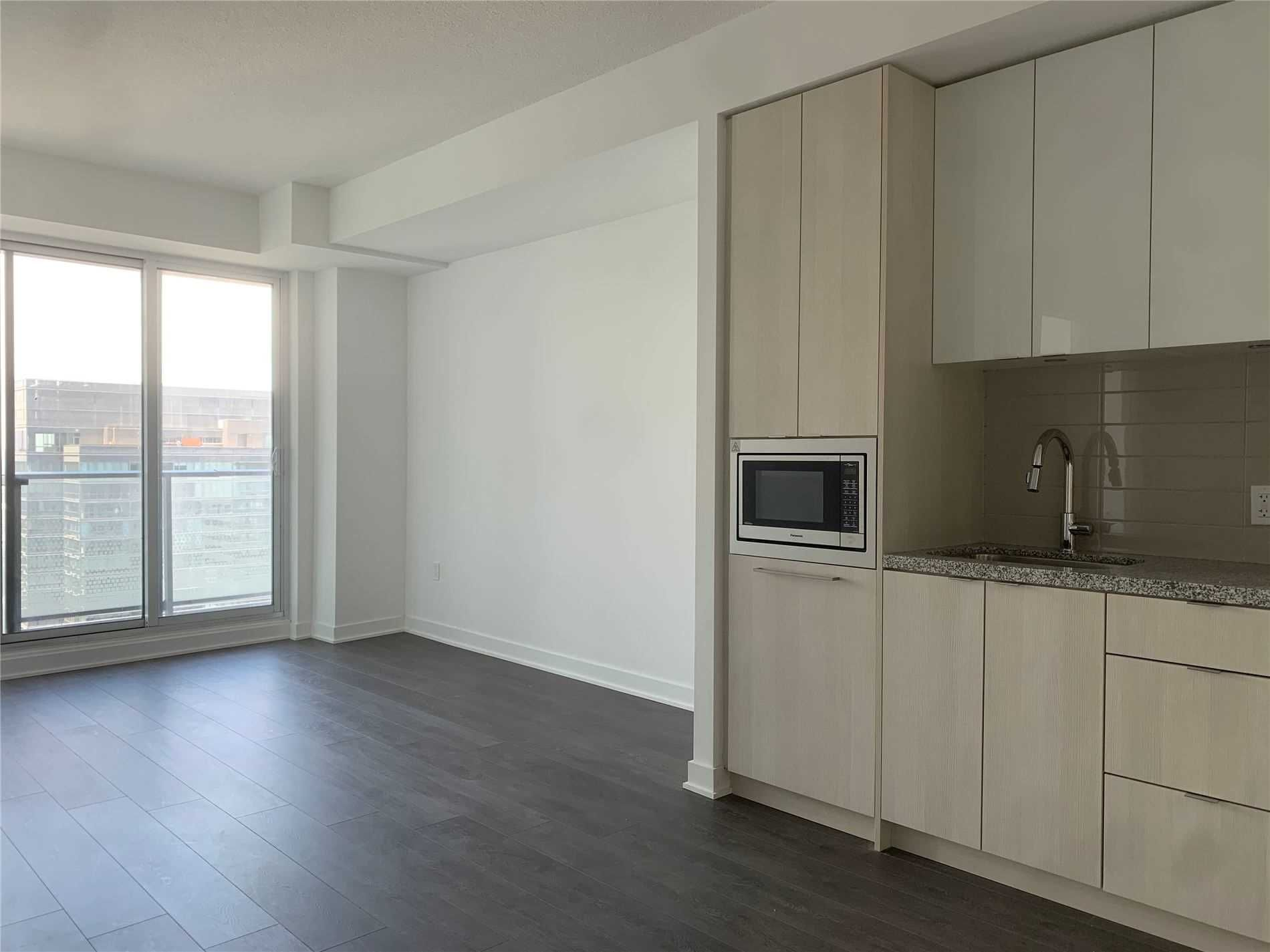 125 Blue Jays Way, unit 4203 for rent in Toronto - image #2