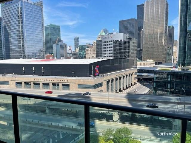 33 Bay St, unit 1104 for rent in Toronto - image #2