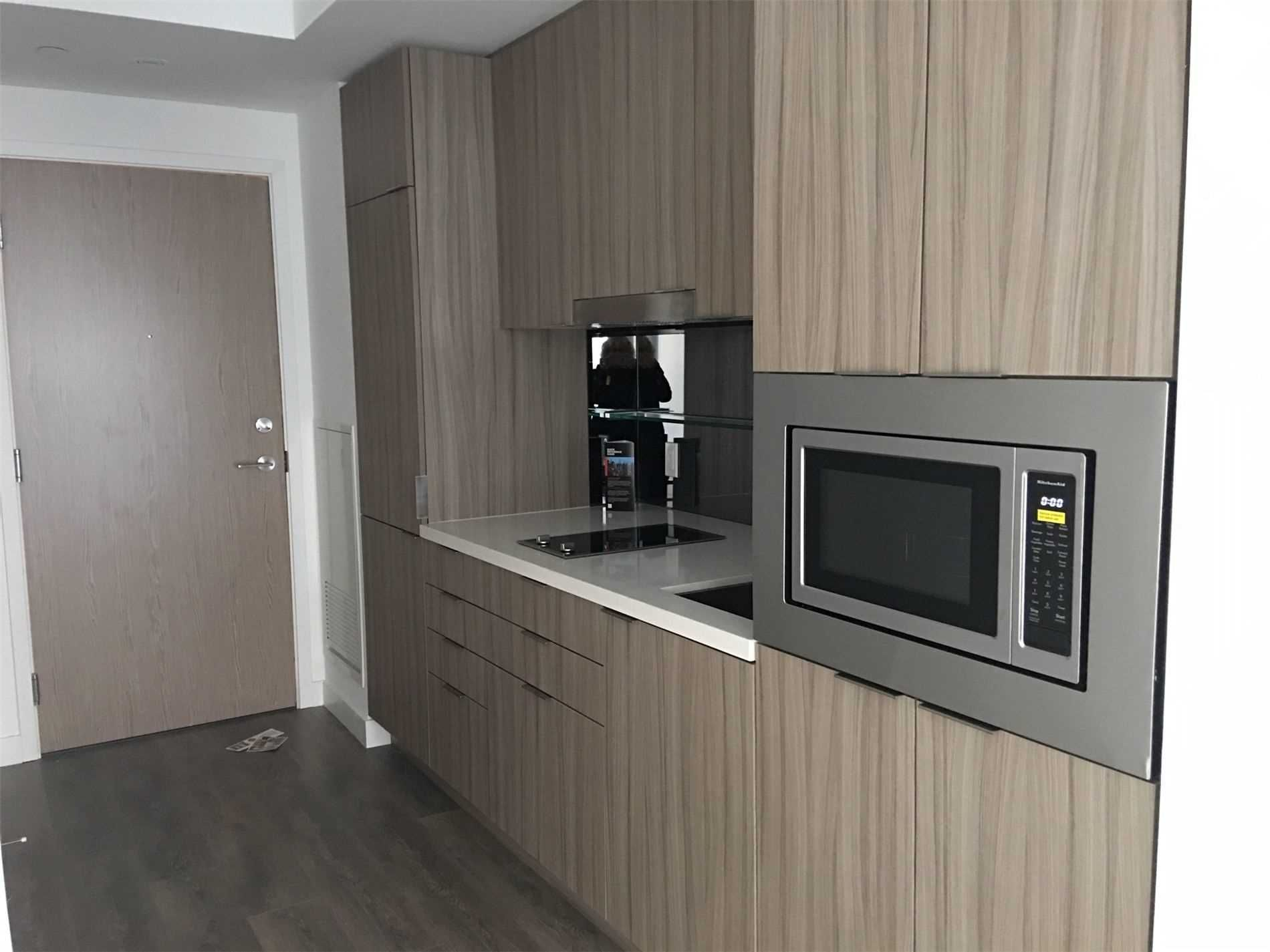 215 Queen St W, unit 1807 for rent in Toronto - image #2