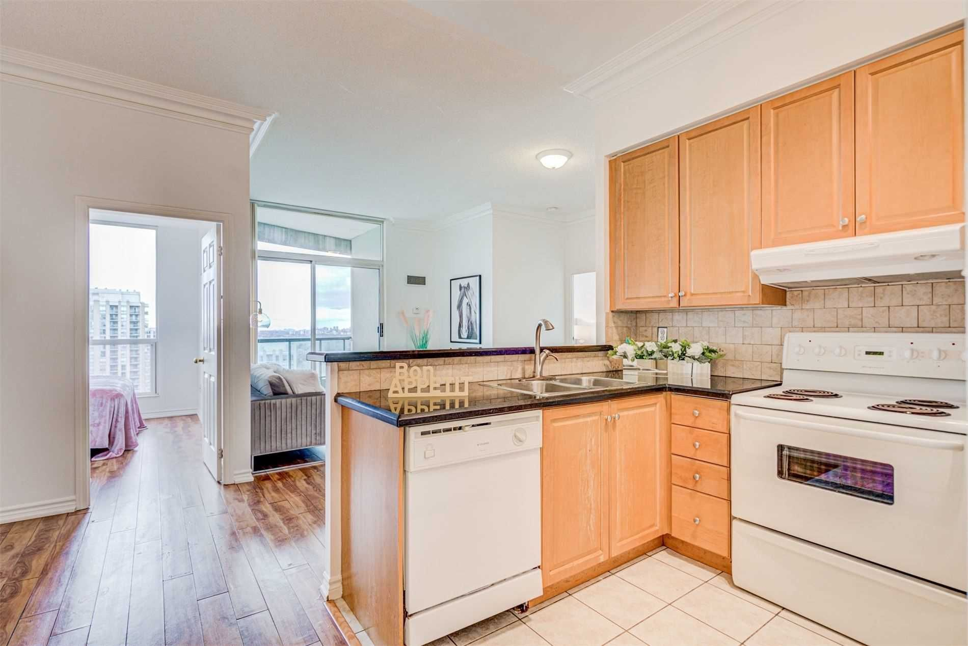 7 Lorraine Dr, unit Uph09 for rent in Toronto - image #2